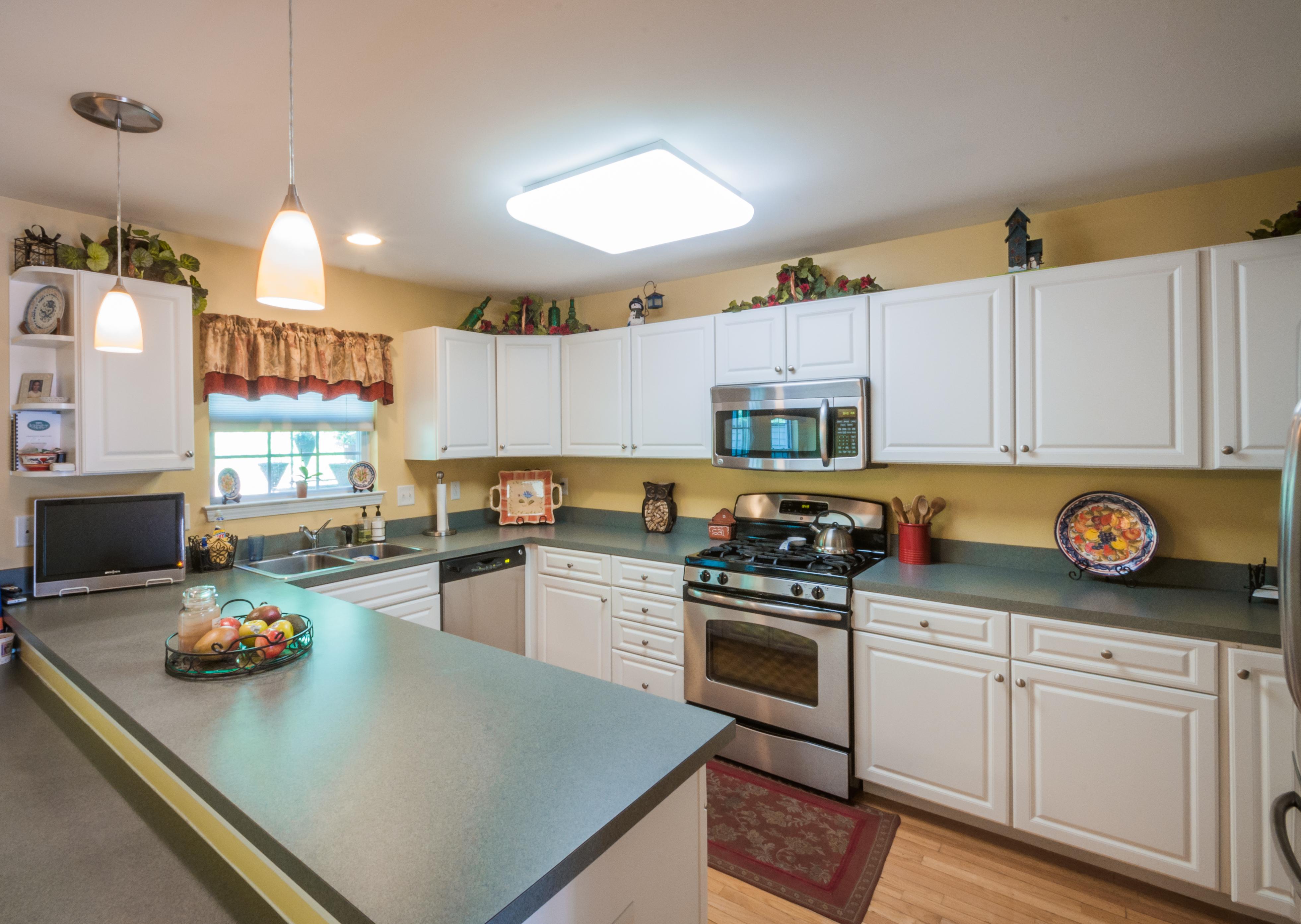 Nhà phố vì Bán tại Luxury Styled Townhouse 2707 Eaton Court 2707 Danbury, Connecticut 06811 Hoa Kỳ