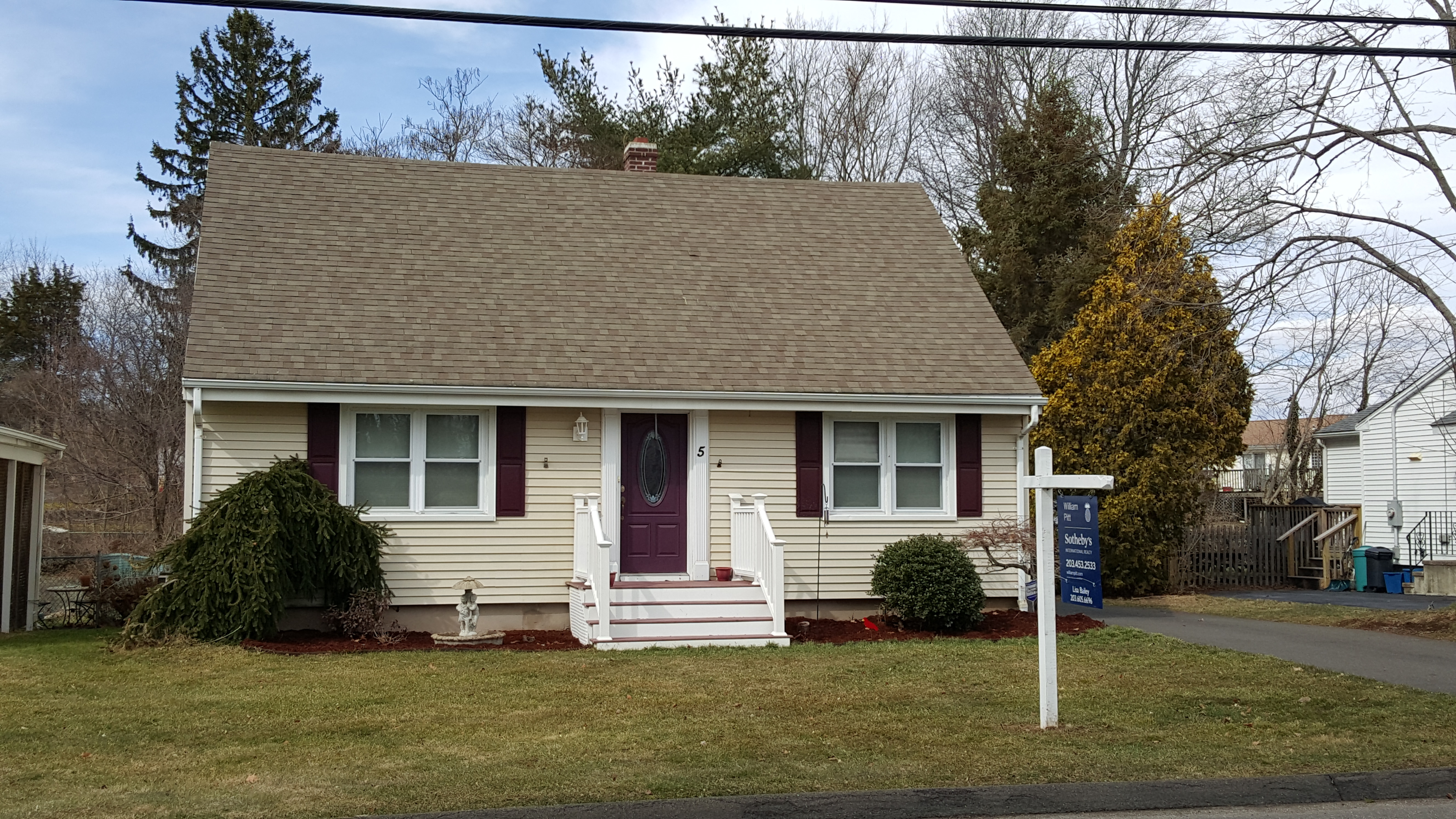 Single Family Home for Sale at 5 Toole Dr Branford, Connecticut, 06405 United States