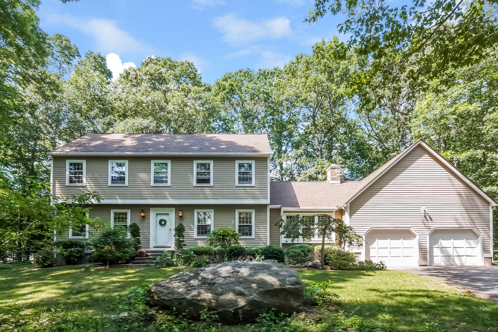 Single Family Home for Sale at 194 Opening Hill Rd Madison, Connecticut, 06443 United States