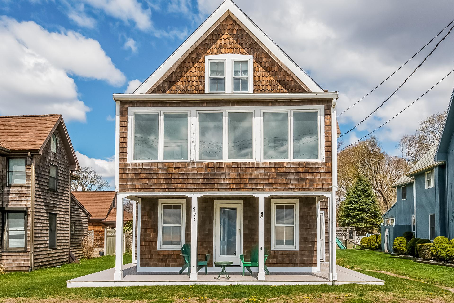 Casa Unifamiliar por un Venta en 209 Seaside Ave Westbrook, Connecticut 06498 Estados Unidos