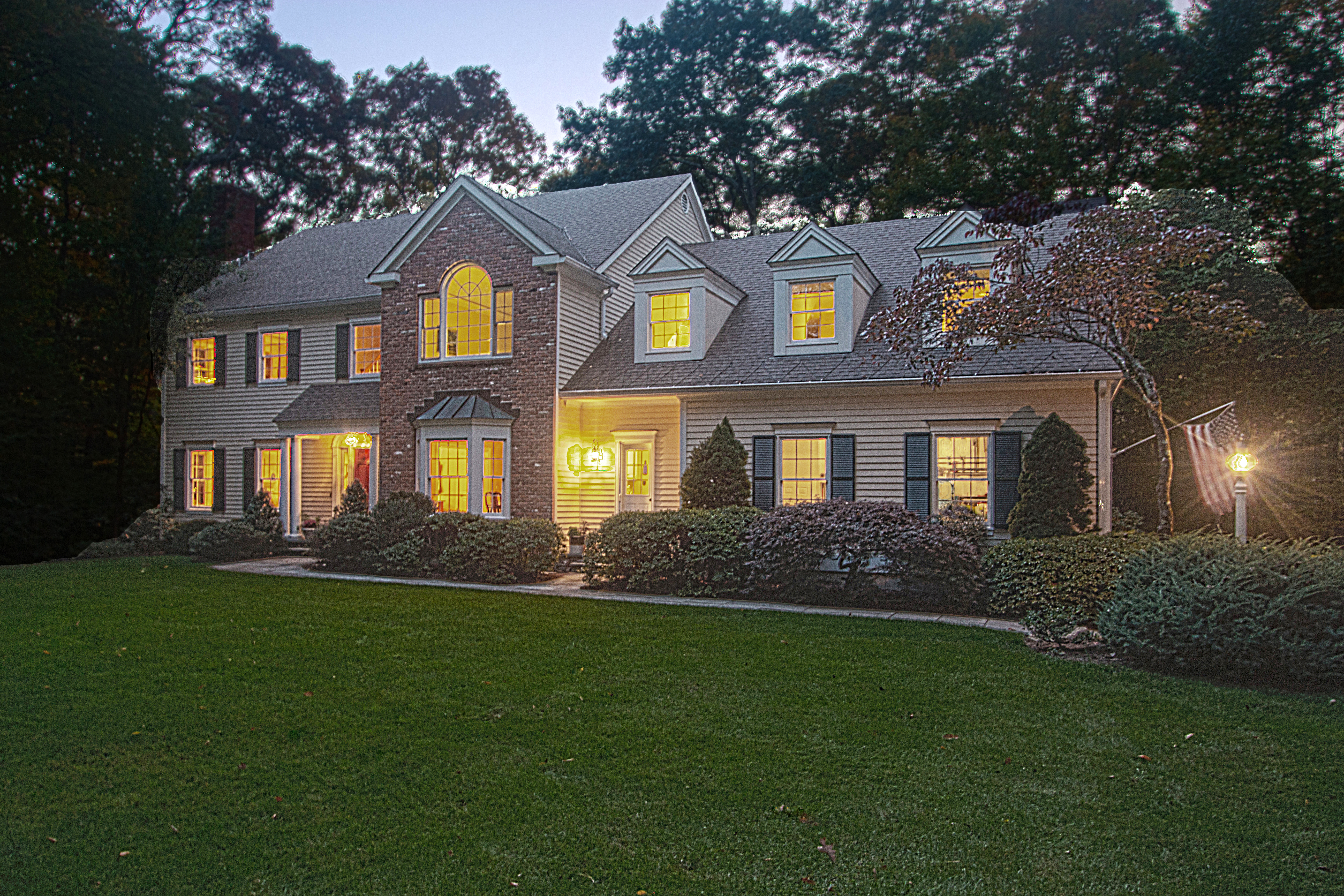 Maison unifamiliale pour l Vente à Country Haven 38 Breeds Hill Road Wilton, Connecticut, 06897 États-Unis