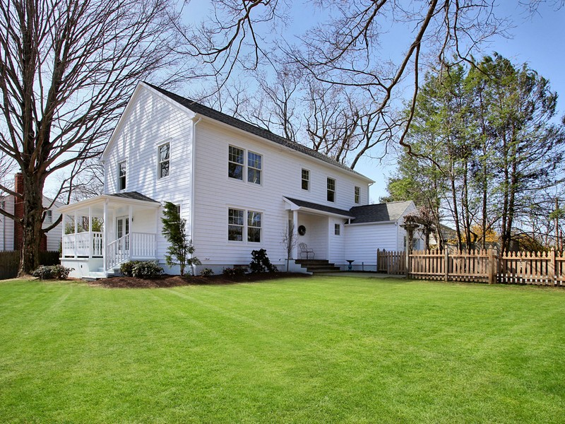 Single Family Home for Sale at Sophisticated & Stylish 72 Old Rd Westport, Connecticut 06880 United States