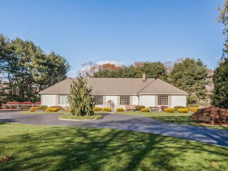 Einfamilienhaus für Verkauf beim Pine Orchard 30 Blackstone Ave Branford, Connecticut 06405 Vereinigte Staaten