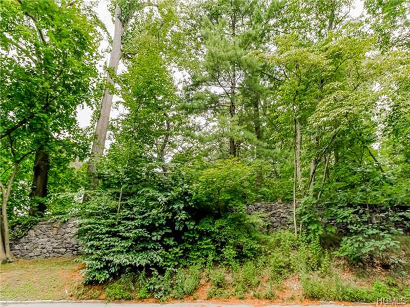 Land for Sale at Brookby Rd Scarsdale, New York 10583 United States