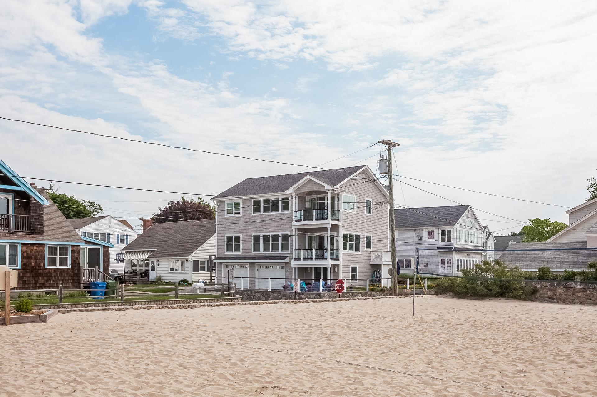 Casa Unifamiliar por un Venta en 52 Sunrise Rd Westbrook, Connecticut 06498 Estados Unidos