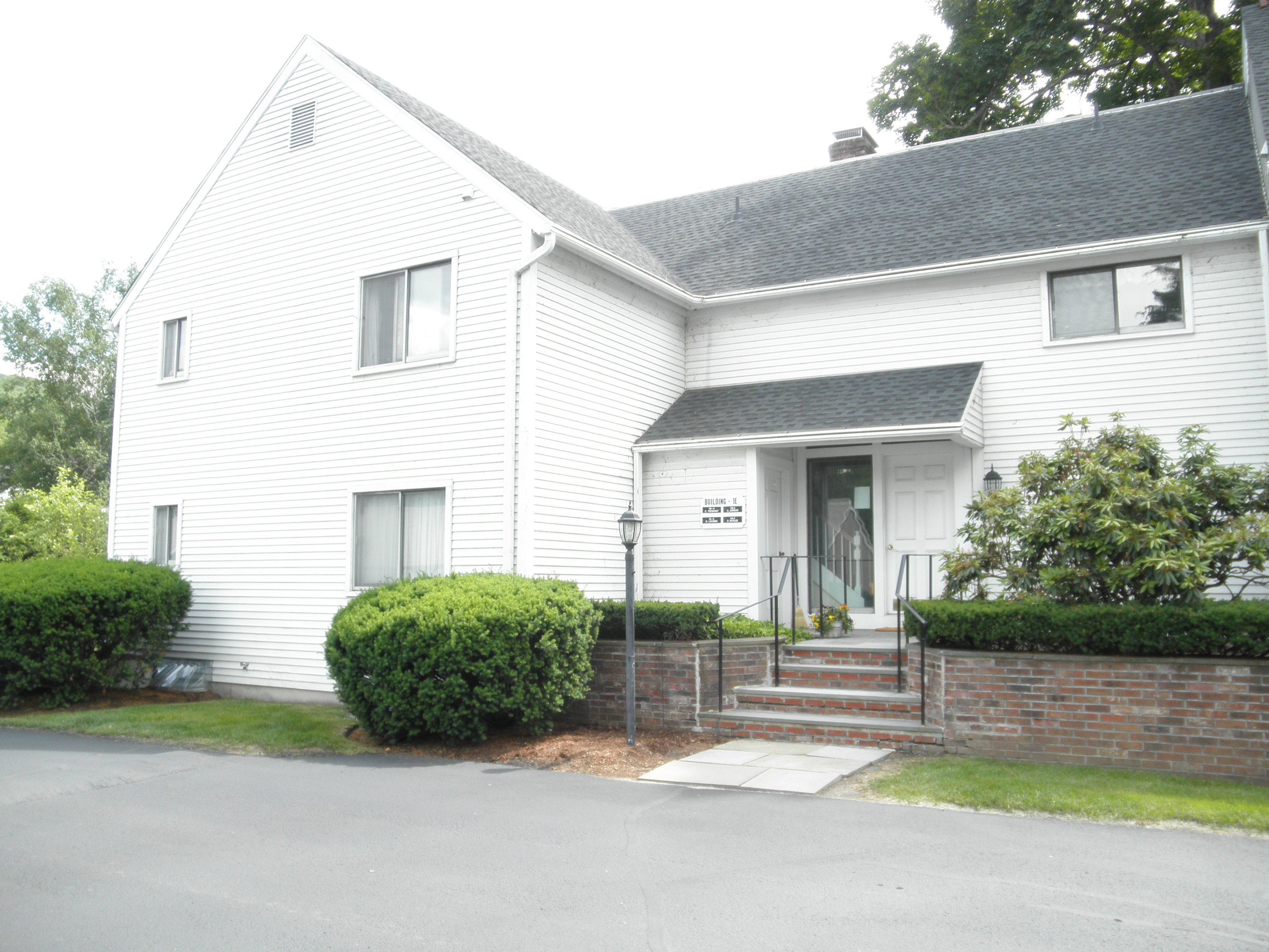 Condominium for Sale at First Floor Kent Condo 80 North Main St 1A4 Kent, Connecticut 06757 United States