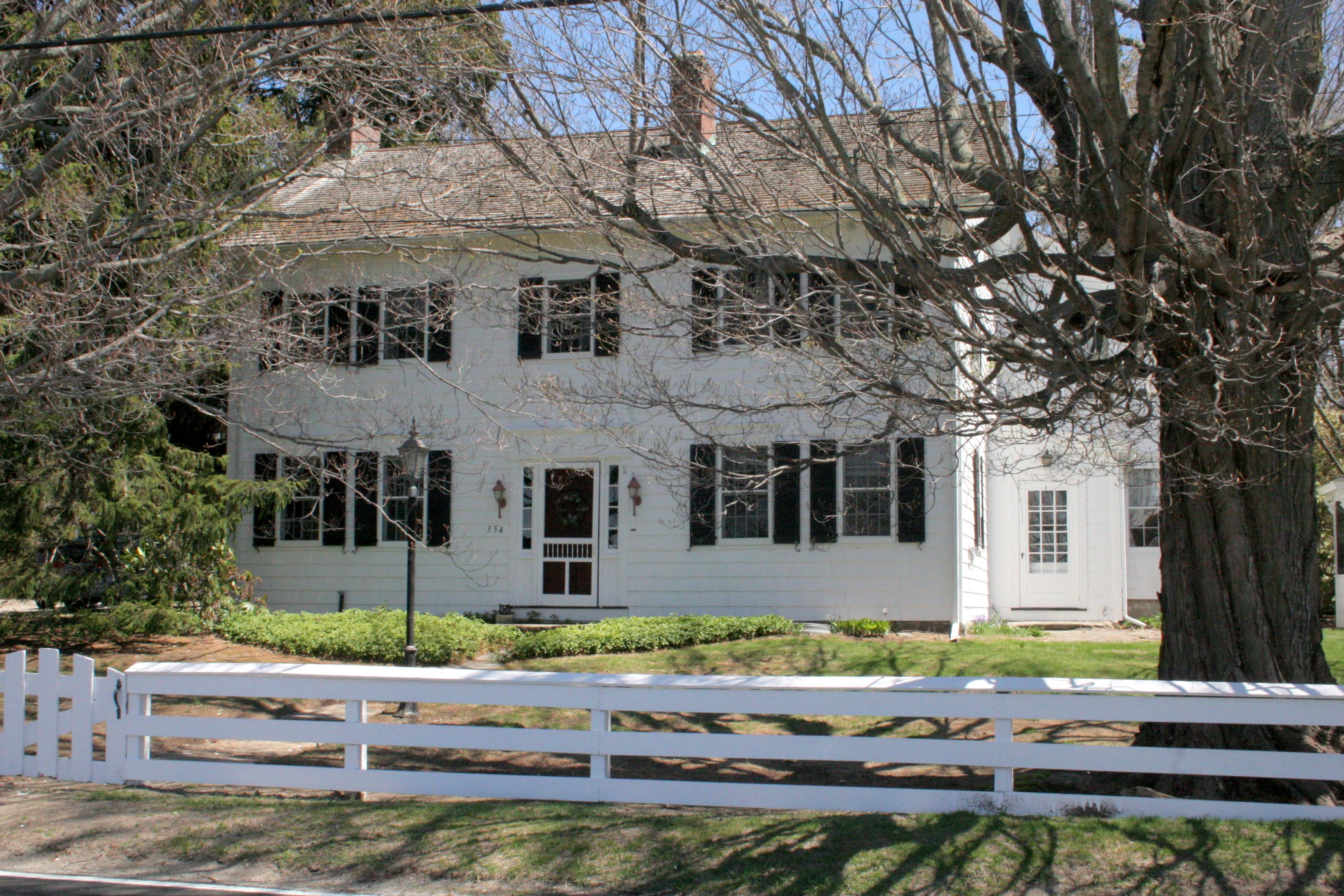 단독 가정 주택 용 매매 에 Samuel Beardsley House 354 Moose Hill Road Monroe, 코네티컷, 06468 미국