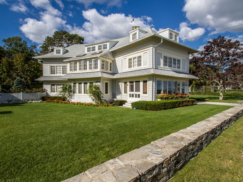 Casa Unifamiliar por un Venta en Middle Beach 61 Middle Beach Rd Madison, Connecticut, 06443 Estados Unidos
