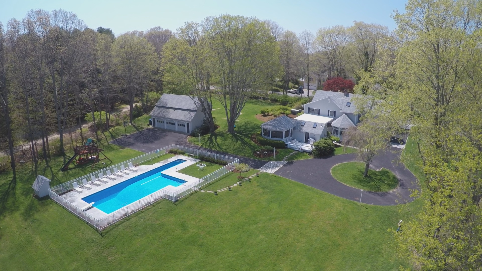 Casa Unifamiliar por un Venta en History blends with the present in this gracious Colonial 4 Johnny Cake Hill Road Old Lyme, Connecticut, 06371 Estados Unidos
