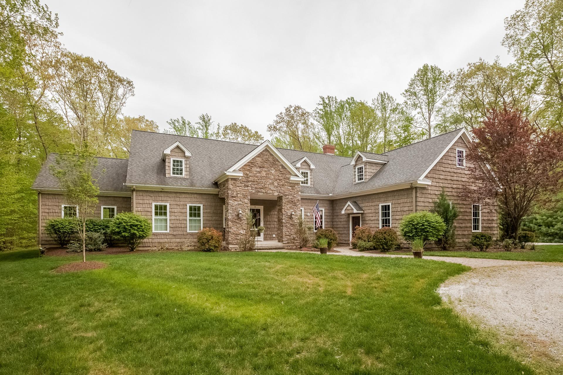 Casa Unifamiliar por un Venta en 190 Murray Ln Guilford, Connecticut 06437 Estados Unidos