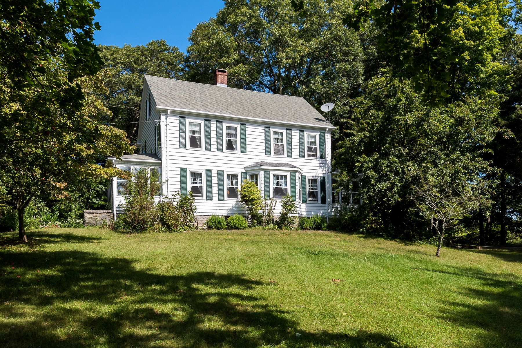 Single Family Home for Sale at Great Location 69 Essex Street Deep River, Connecticut 06417 United States