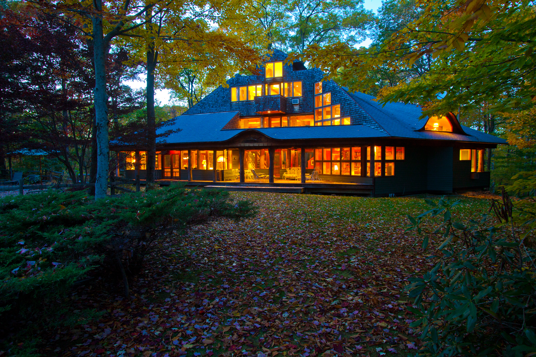 Maison unifamiliale pour l Vente à THE FINEST CRAFTSMANSHIP IN A DREAM SETTING 720 West Rd Richmond, Massachusetts 01254 États-Unis