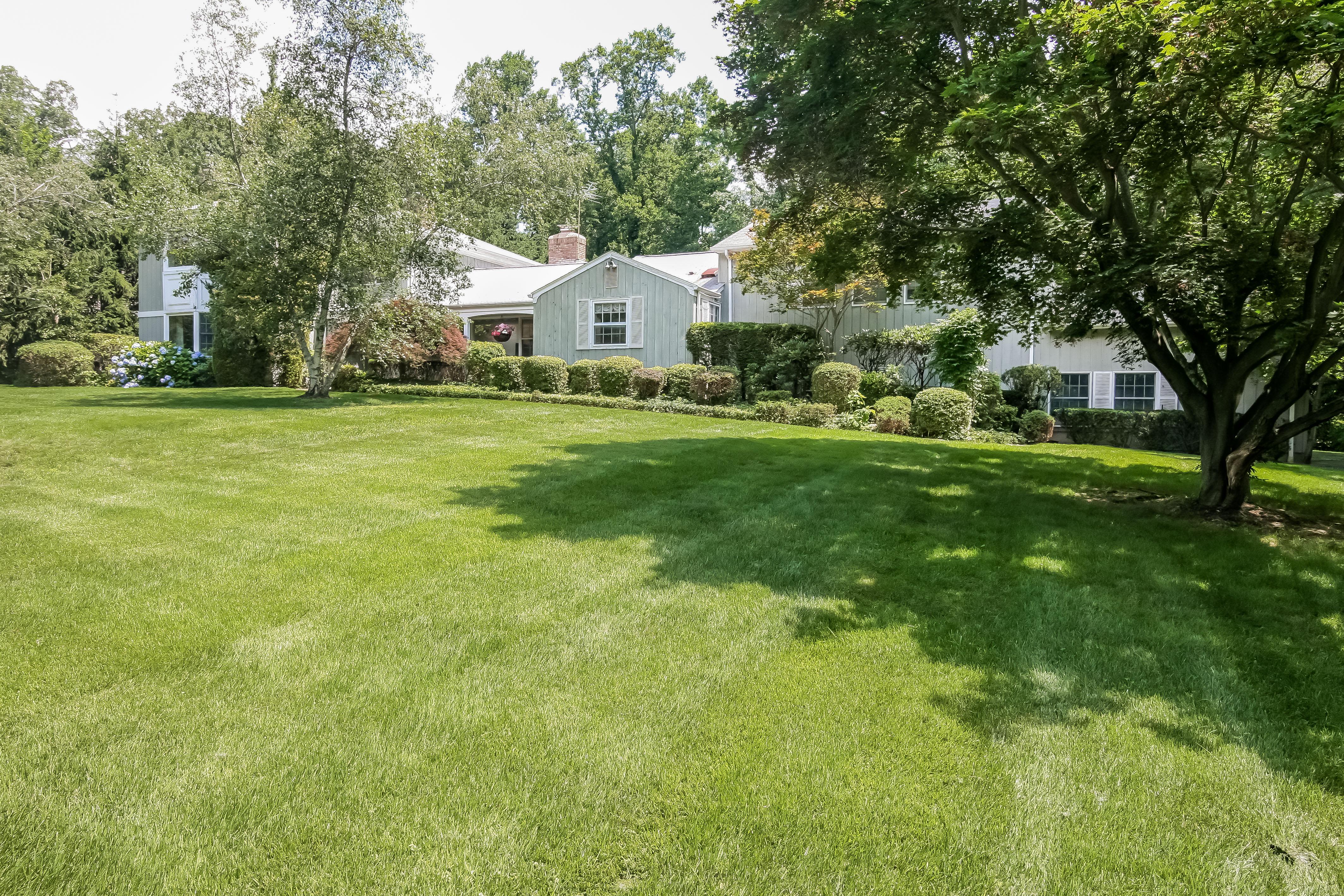 Einfamilienhaus für Verkauf beim 9 Century Ridge Road Purchase, New York, 10577 Vereinigte Staaten