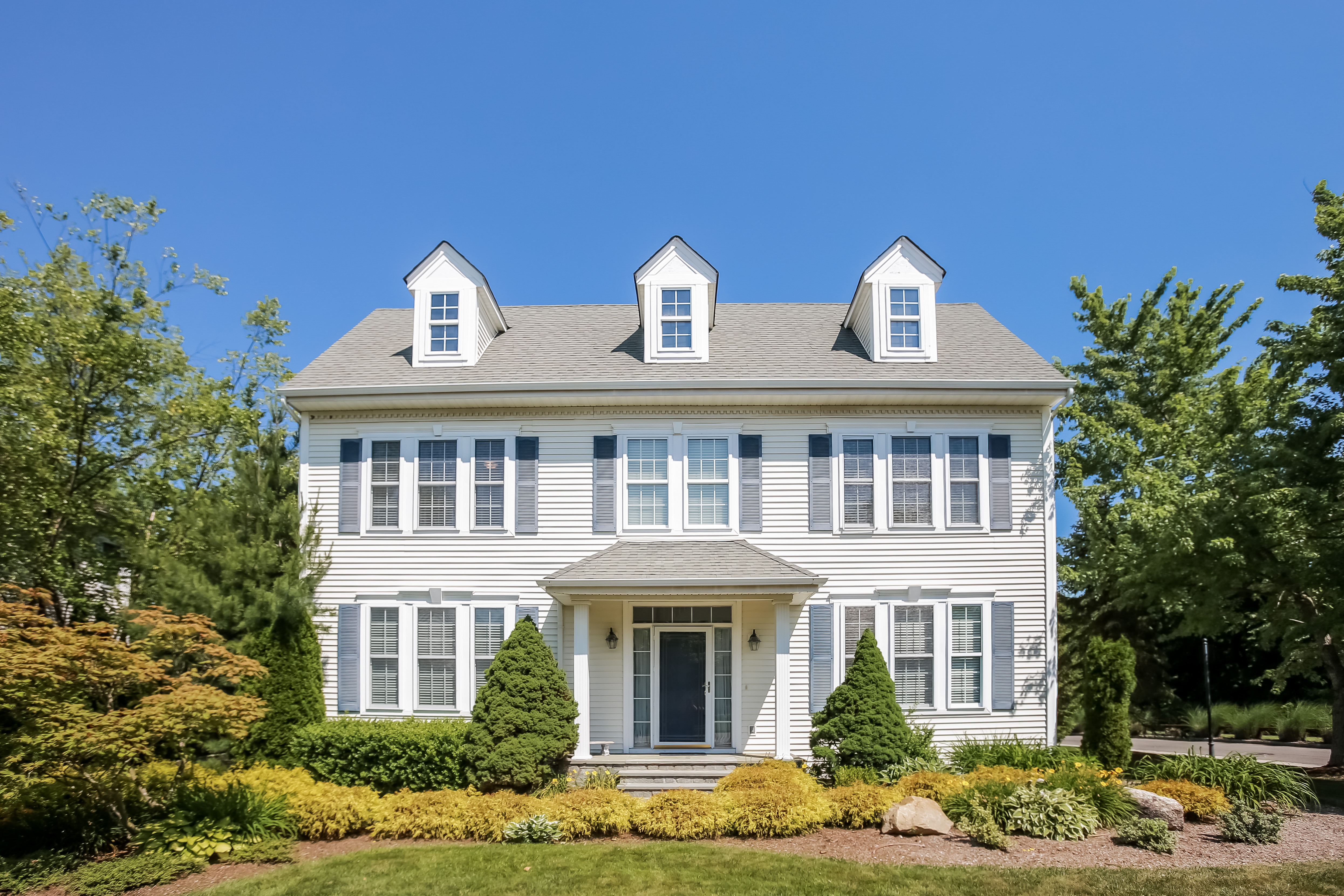 Single Family Home for Sale at 1 Legendary Circle Rye Brook, New York, 10573 United States