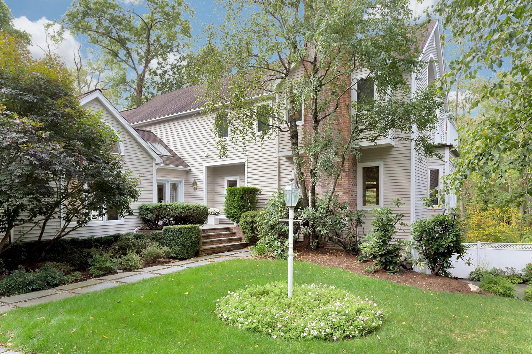 Casa Unifamiliar por un Venta en COZY CONTEMPORARY 90 Old Redding Road Weston, Connecticut, 06883 Estados Unidos