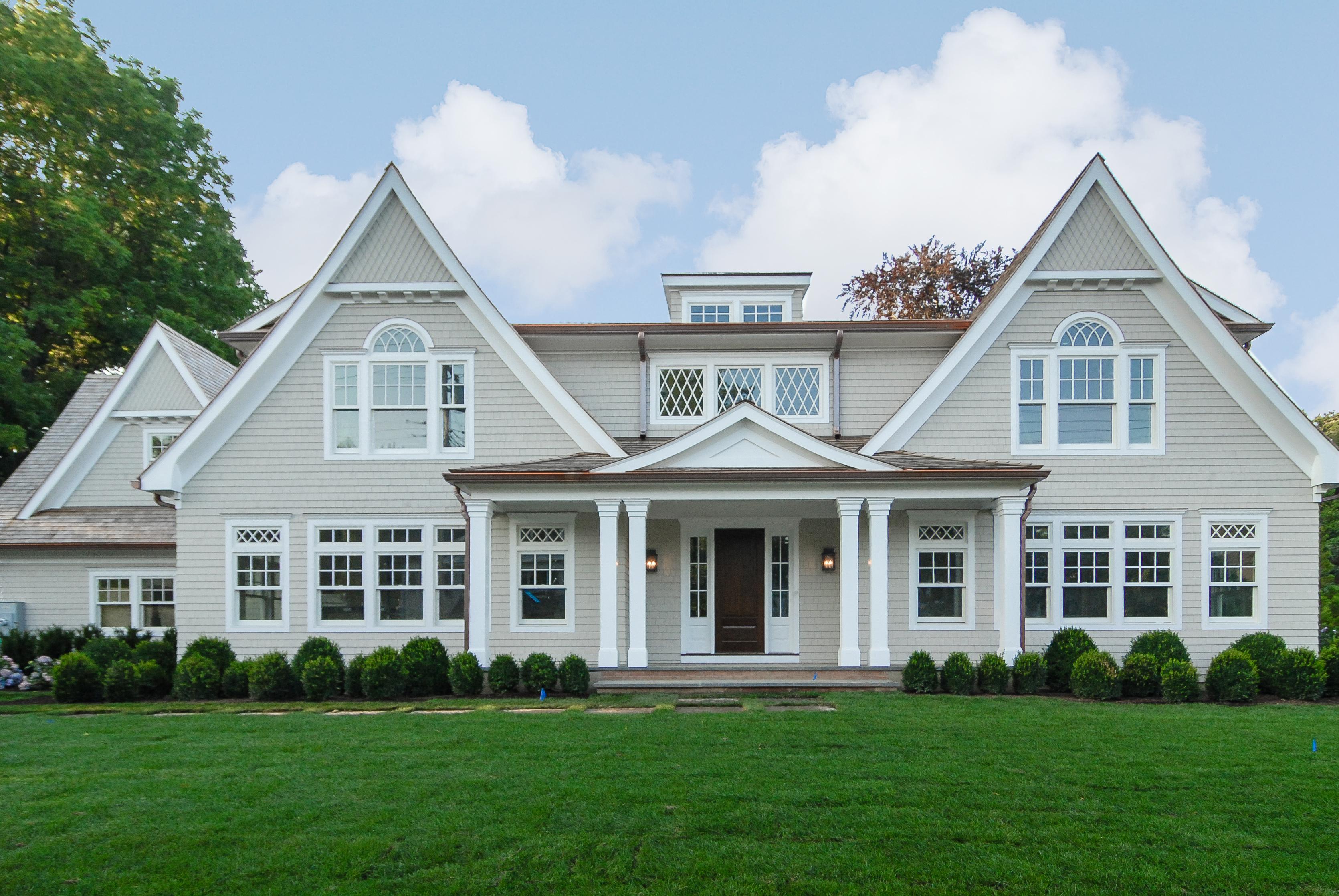 独户住宅 为 销售 在 Magnificent Colonial 131 Apawamis Avenue Rye, 纽约州 10580 美国