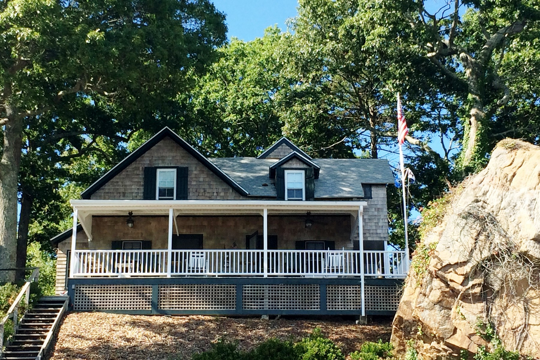 """rentals property at Waterfront Summer Rental in """"The Grove"""""""