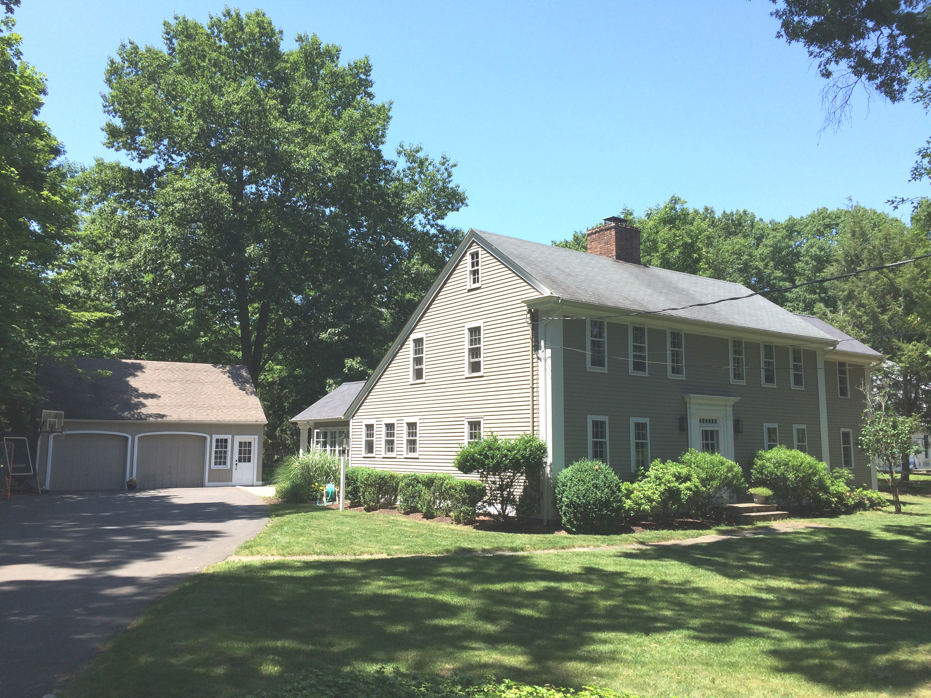 Single Family Home for Sale at NORTH CEDAR 370 North Cedar Road Fairfield, Connecticut, 06824 United States