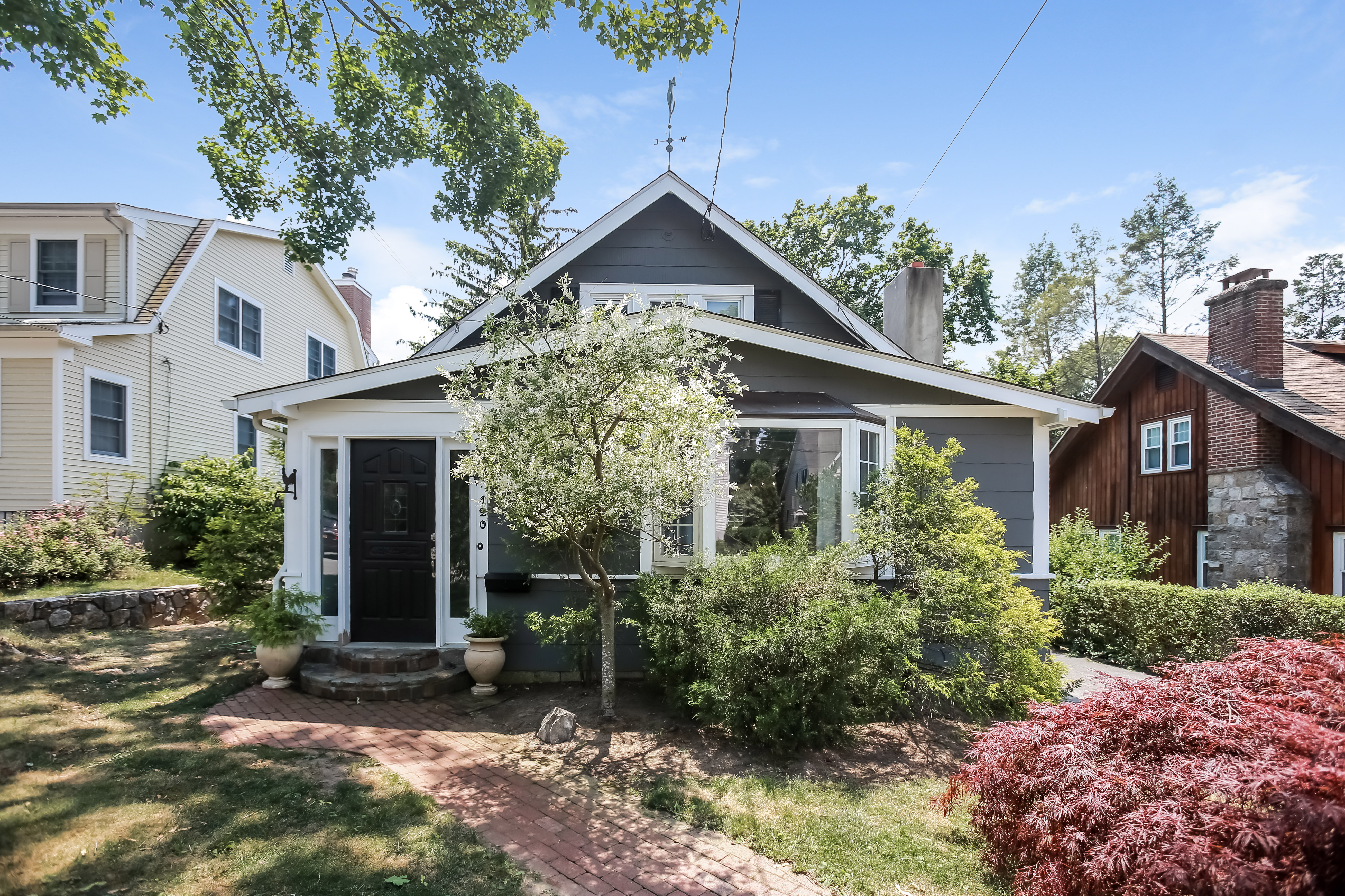 Single Family Home for Sale at 120 Brambach Road Scarsdale, New York, 10583 United States