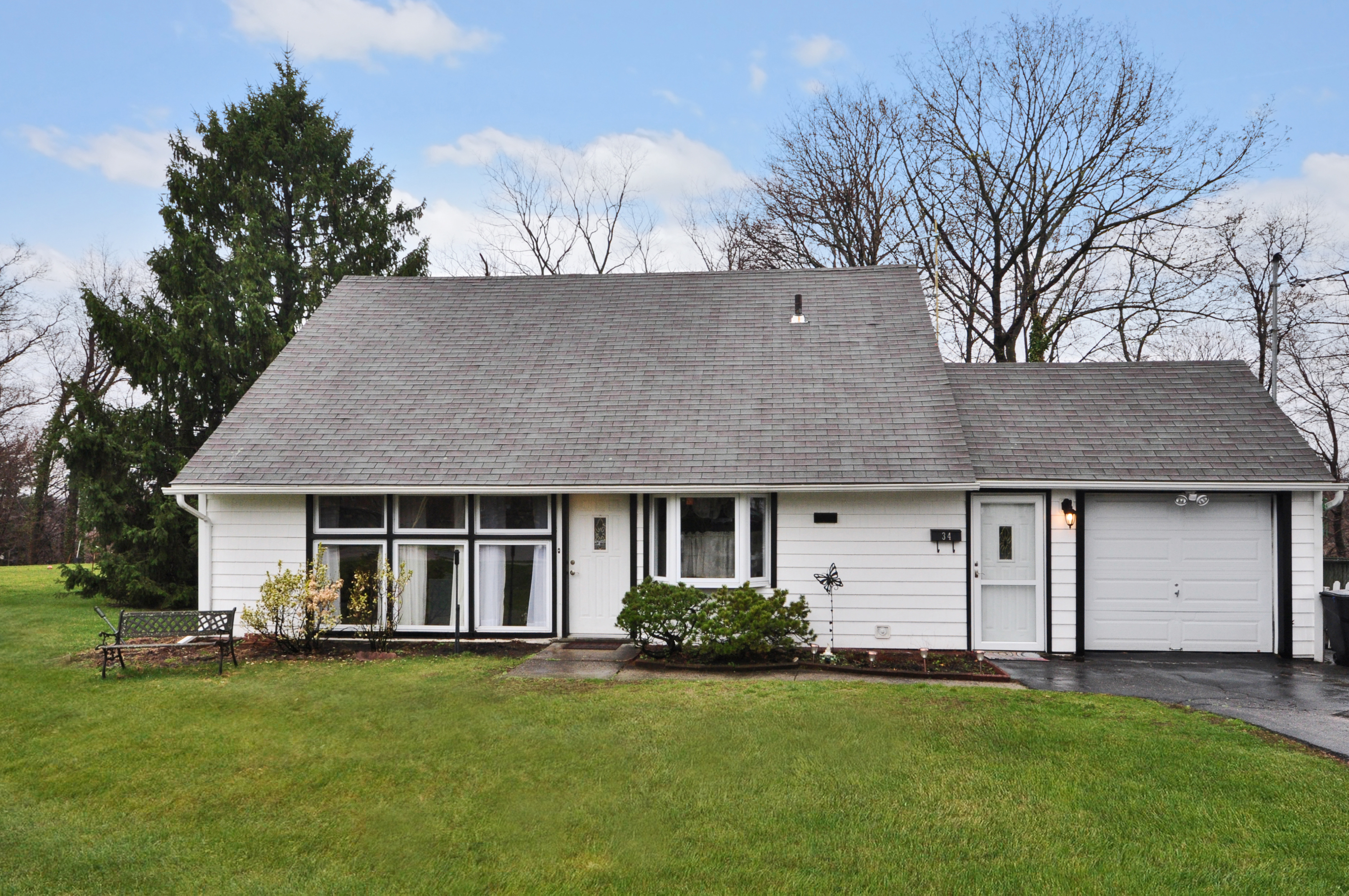 sales property at Welcome To 34 Ivanhoe!