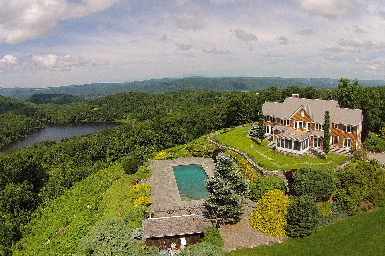 Частный односемейный дом для того Продажа на The Estate on the Hill 14 Weber Road Sharon, Коннектикут 06069 Соединенные Штаты
