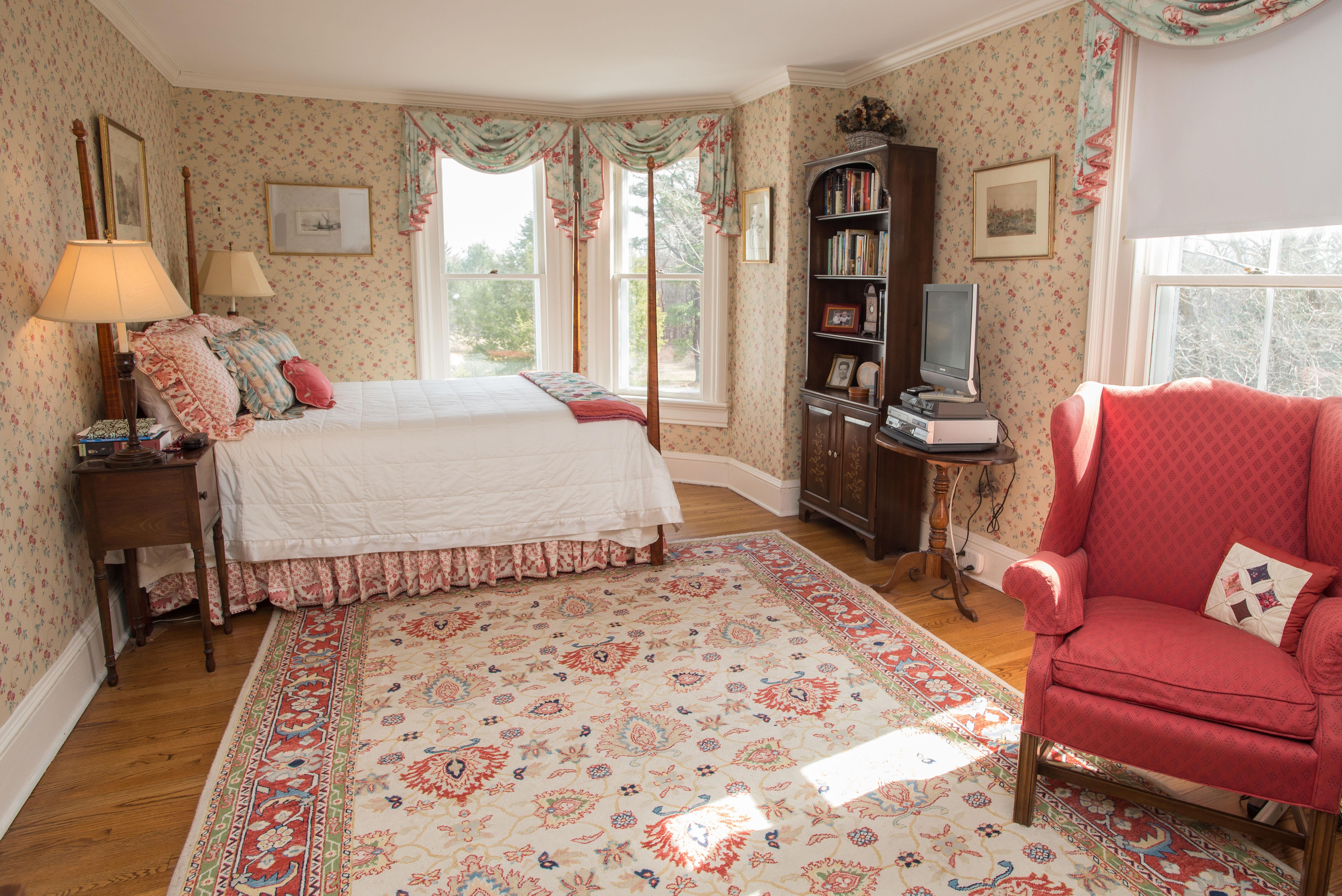 Property Of Exquisite Victorian Italianate Antique