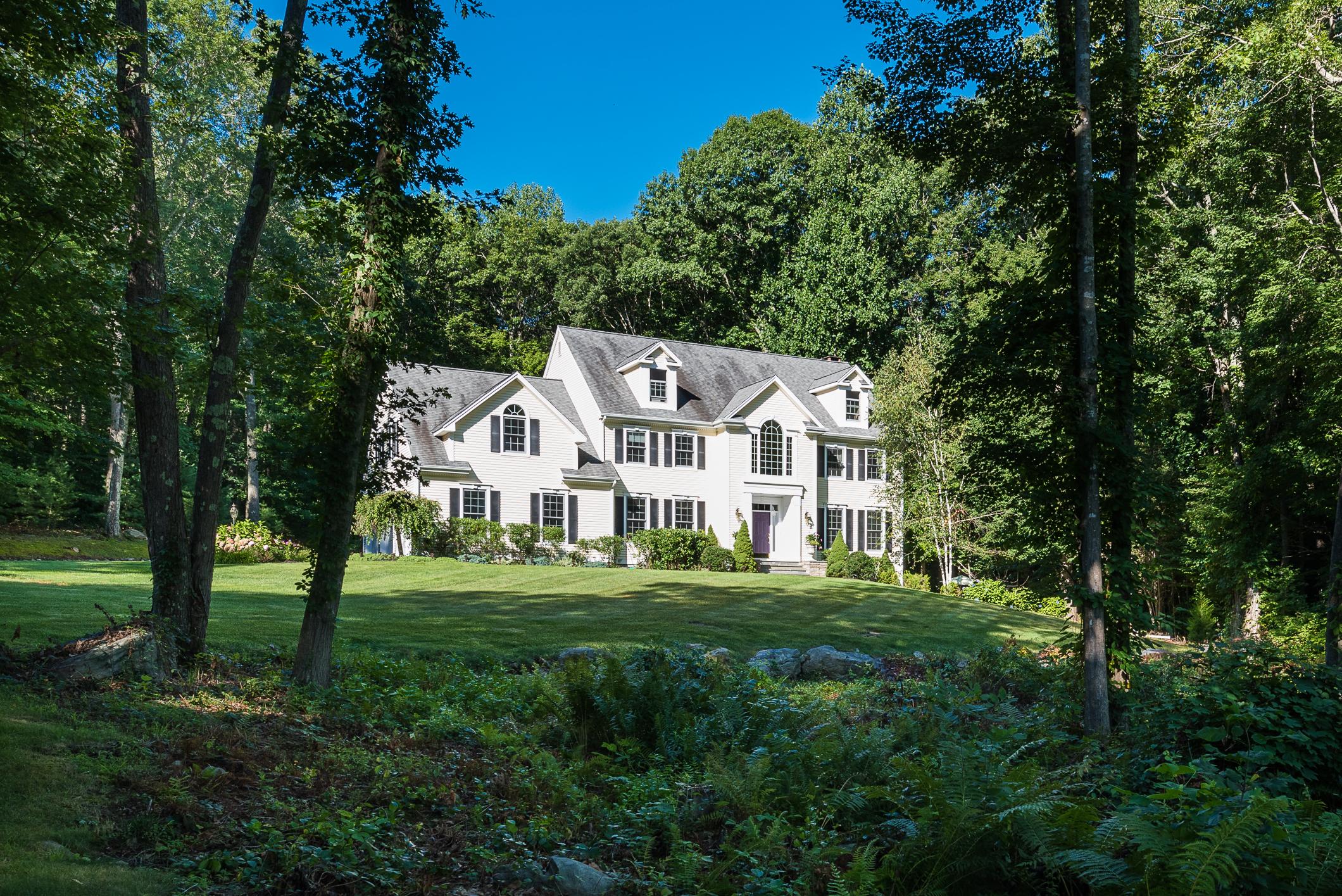 Casa Unifamiliar por un Venta en 58 High Hill Circle Madison, Connecticut 06443 Estados Unidos