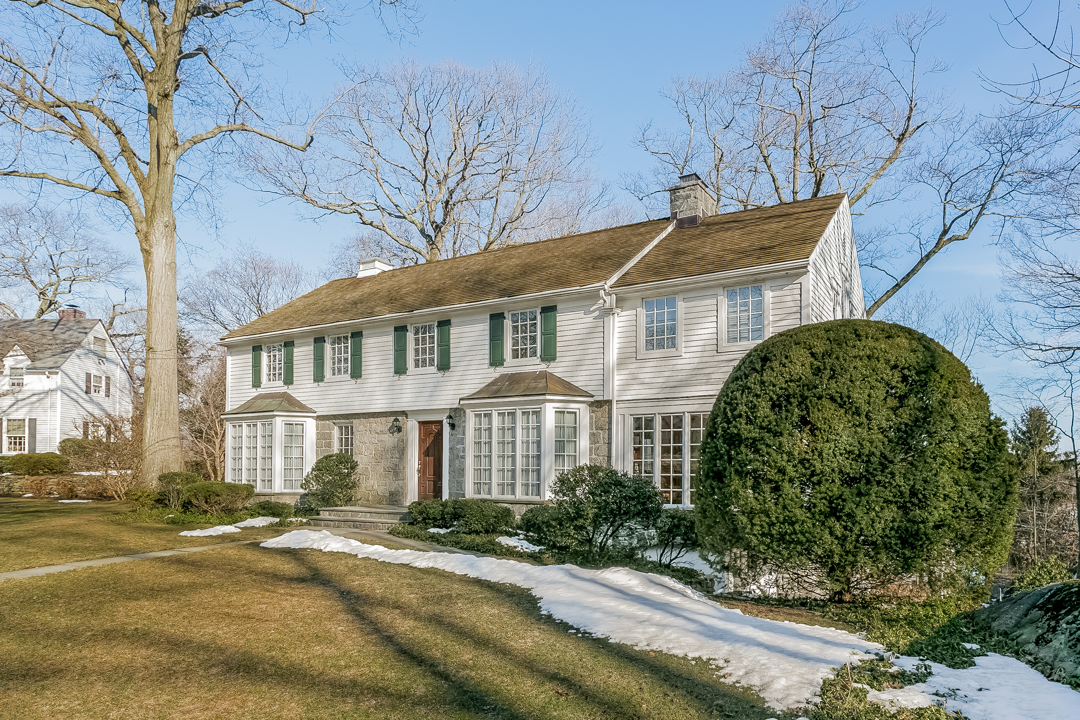 Single Family Home for Sale at 317 Overlook Drive Greenwich, Connecticut 06830 United States