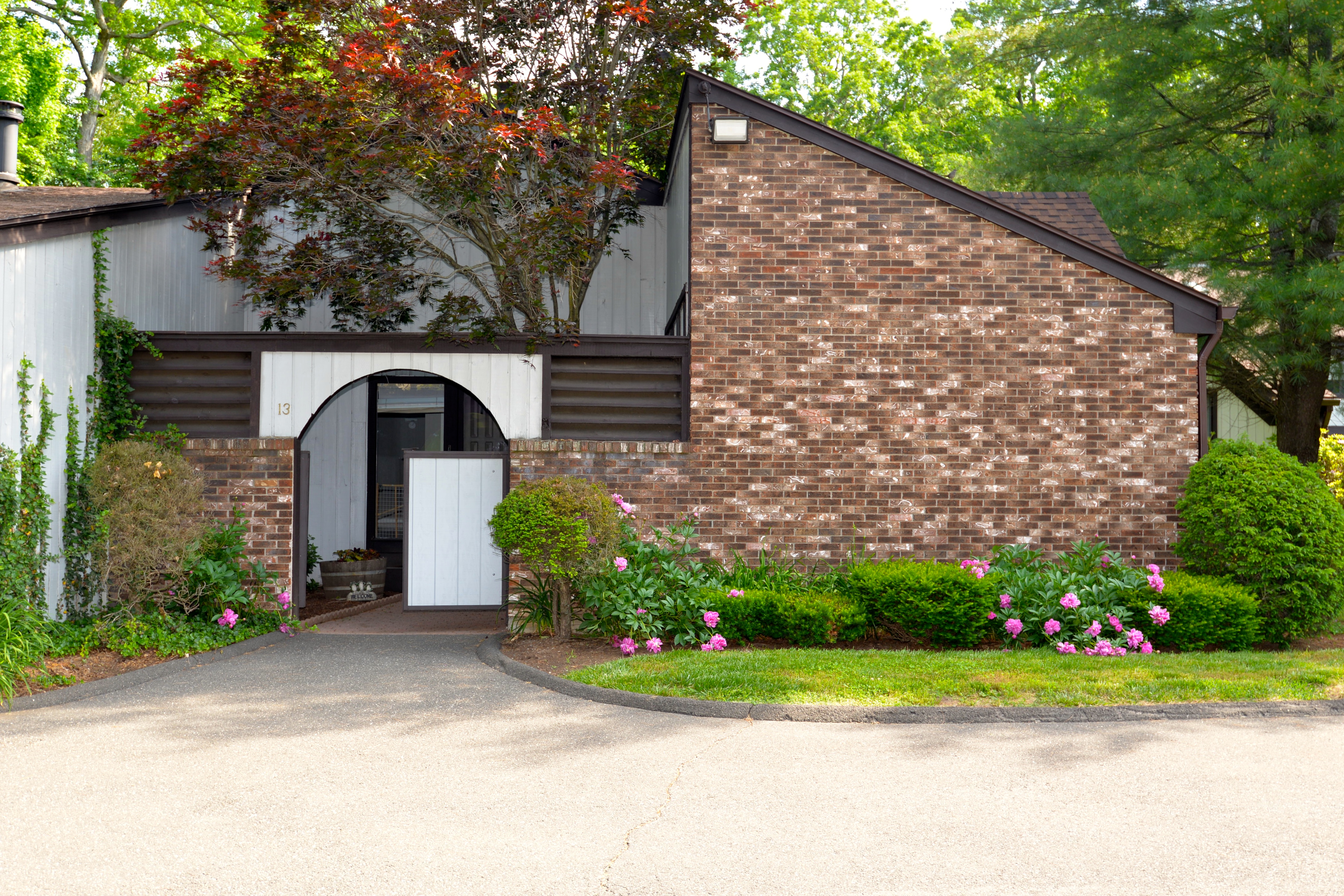 Condominium for Sale at Lake Living 13 Hearthstone Drive 13 Brookfield, Connecticut, 06804 United States