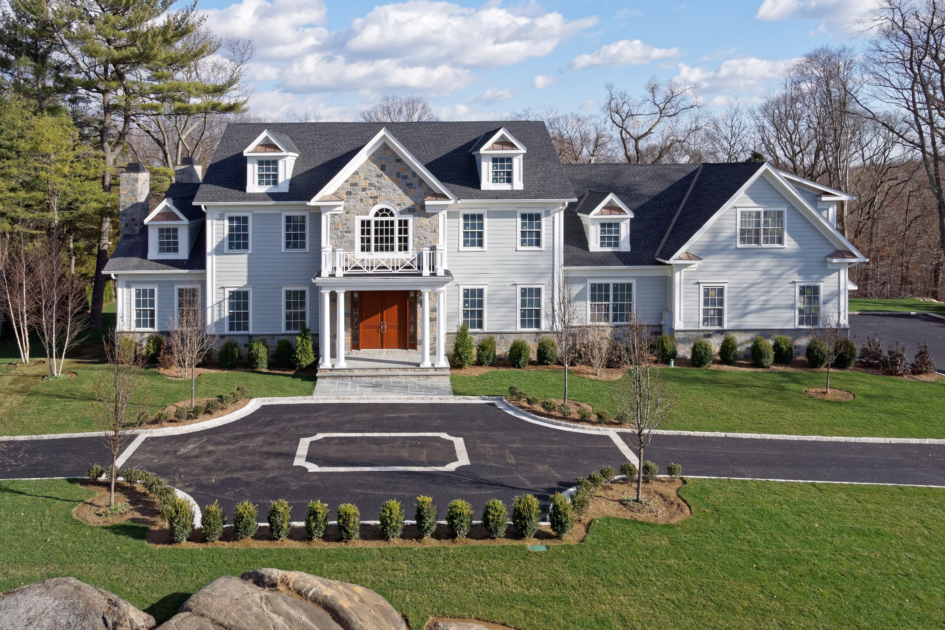 独户住宅 为 销售 在 3 Century Trail 哈里森, 纽约州, 10528 美国