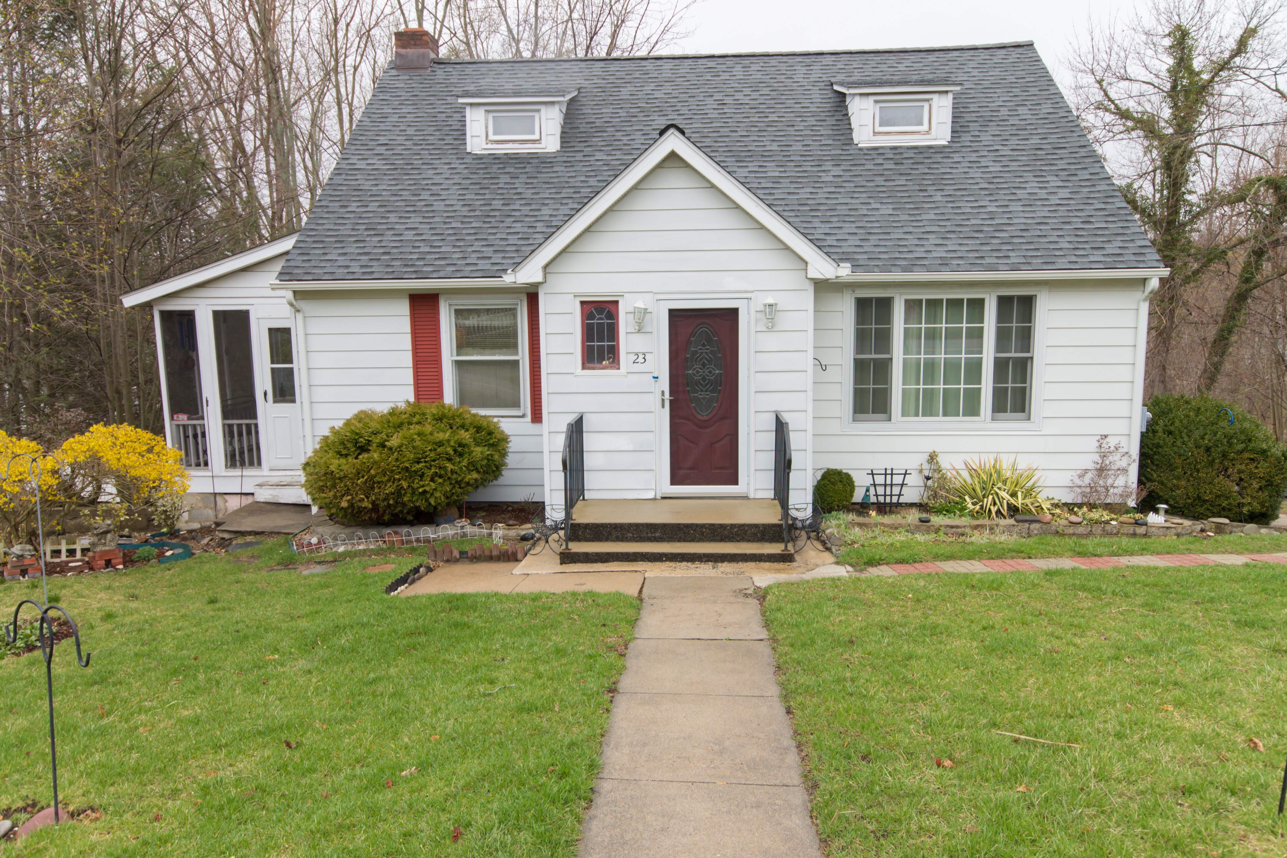 Single Family Home for Sale at Beautiful Village Cape 23 Virginia Avenue Danbury, Connecticut, 06810 United States
