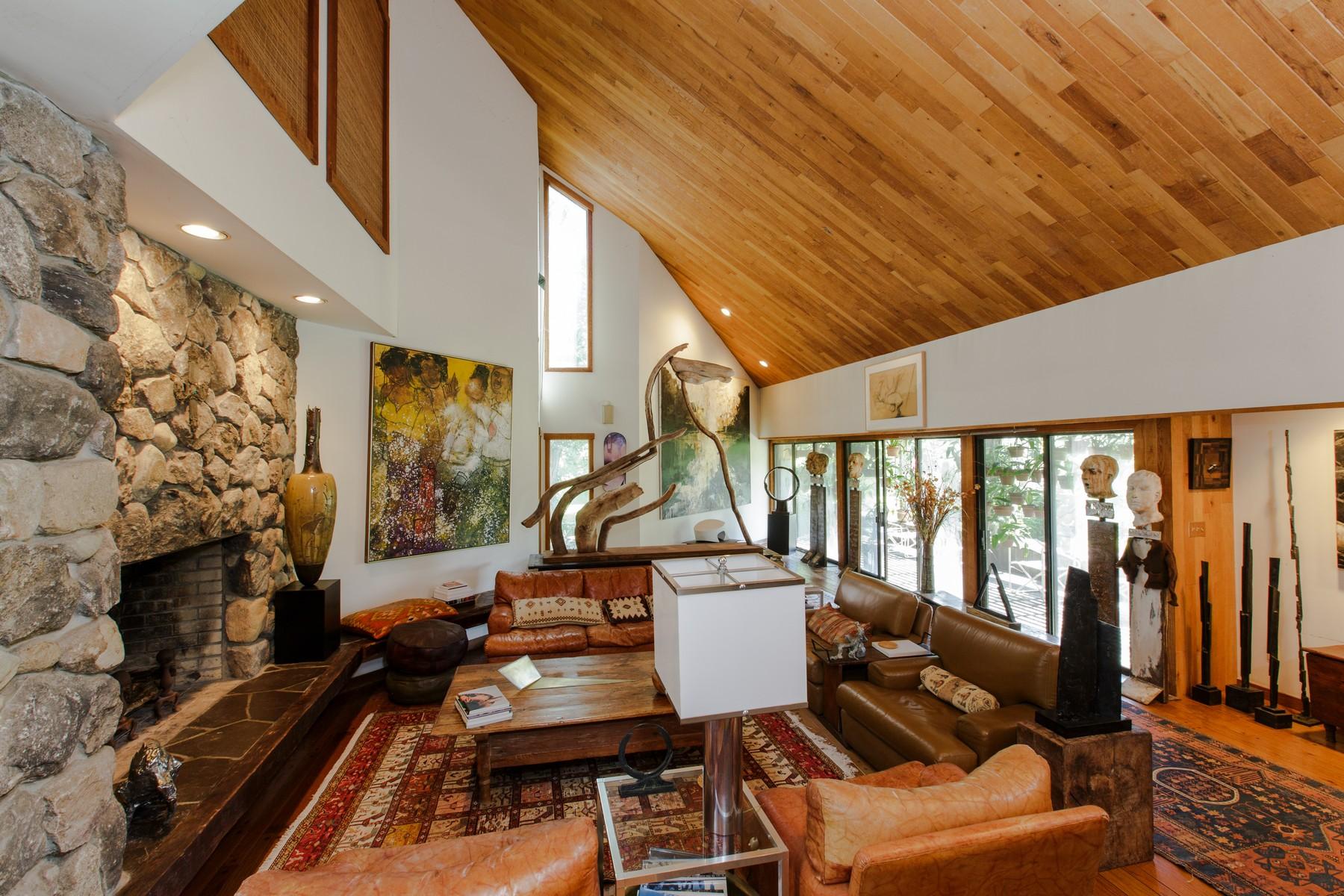 Nhà ở một gia đình vì Bán tại Extraordinary Opportunity 150 Mopus Bridge Road Ridgefield, Connecticut 06877 Hoa Kỳ
