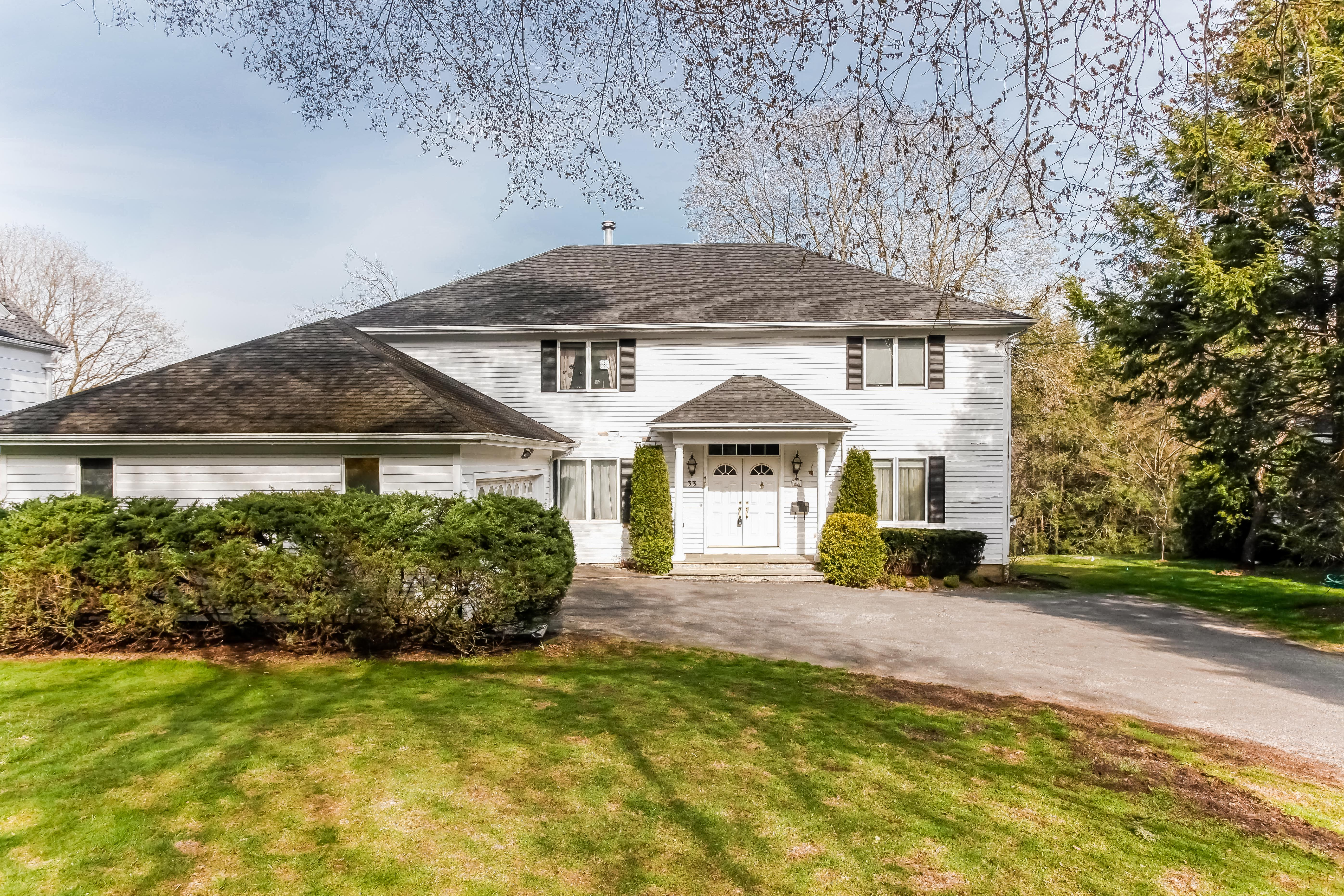 rentals property at Exceptional Scarsdale Home