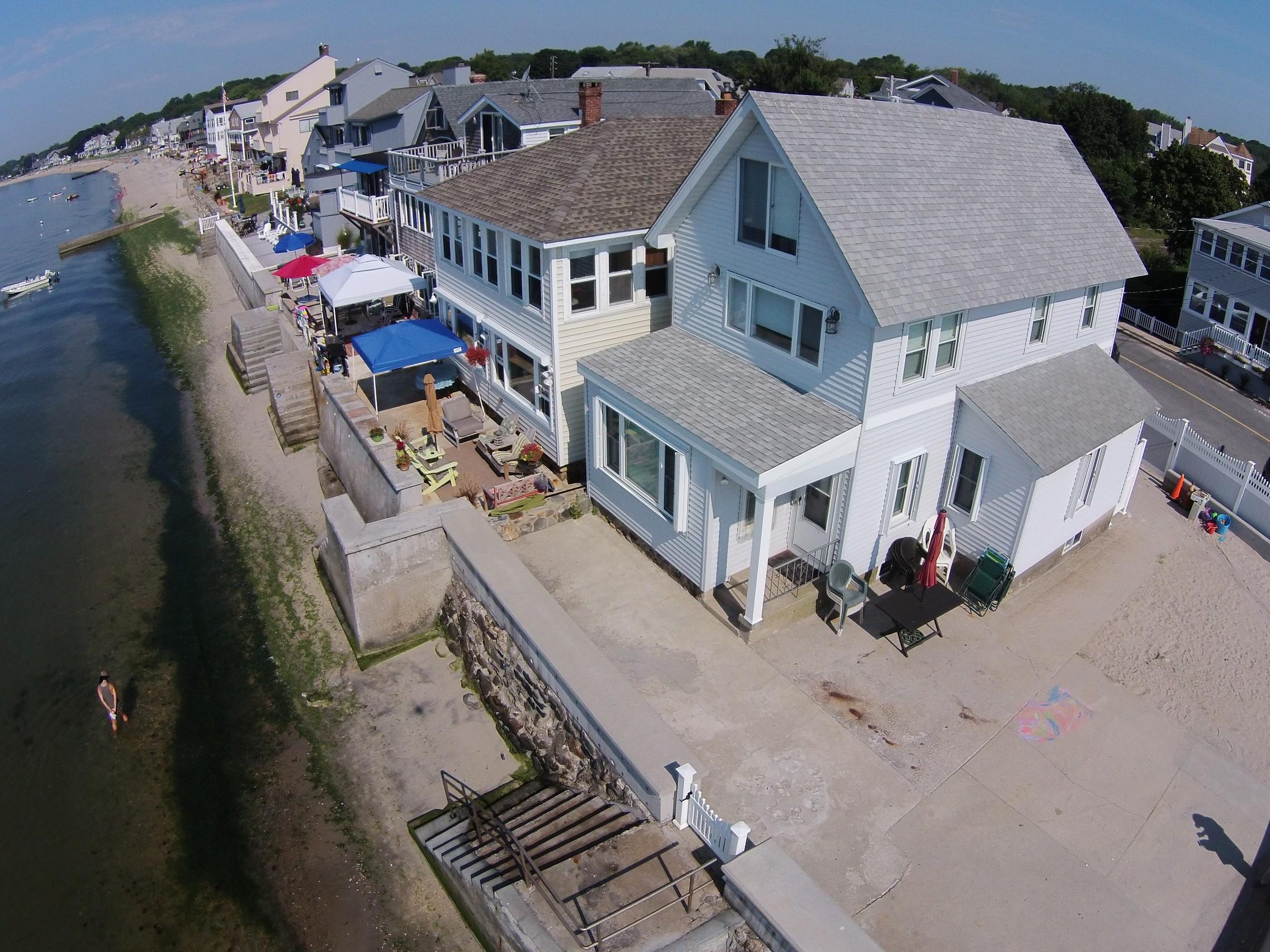 Maison unifamiliale pour l Vente à Dreams Do Come True 213 Salt Island Rd Westbrook, Connecticut 06498 États-Unis