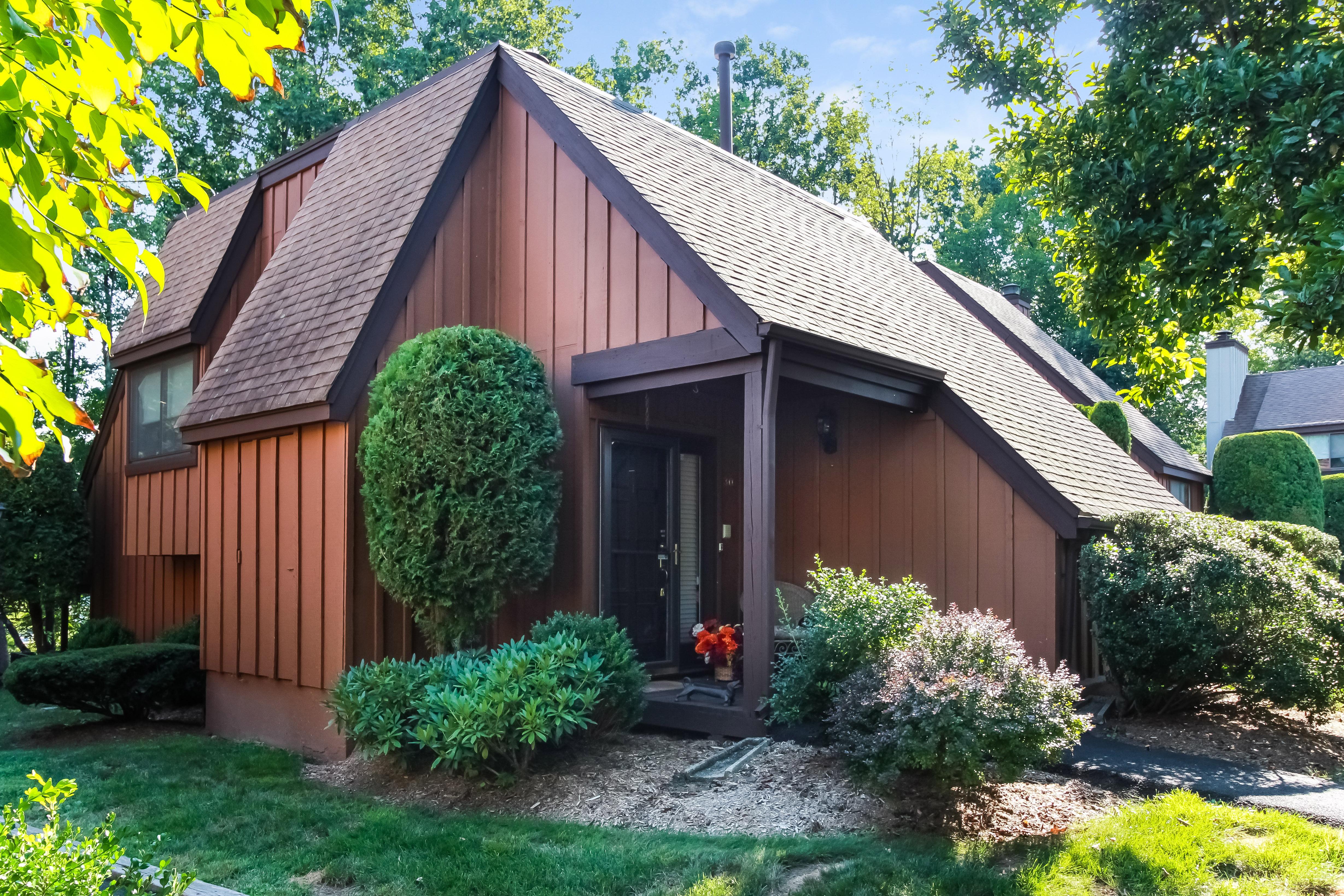 Eigentumswohnung für Verkauf beim Beautiful dnd unit in desirable Downingwood 30 Quail Close Irvington, New York, 10533 Vereinigte Staaten