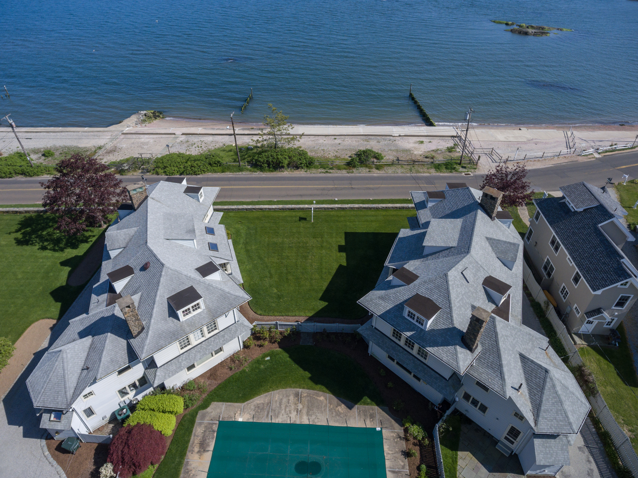 Casa Unifamiliar por un Venta en 61 Middle Beach Rd Madison, Connecticut, 06443 Estados Unidos