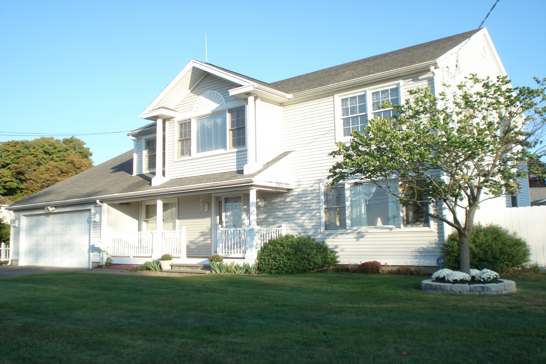 Property For Sale at Lordship Waterfront Community