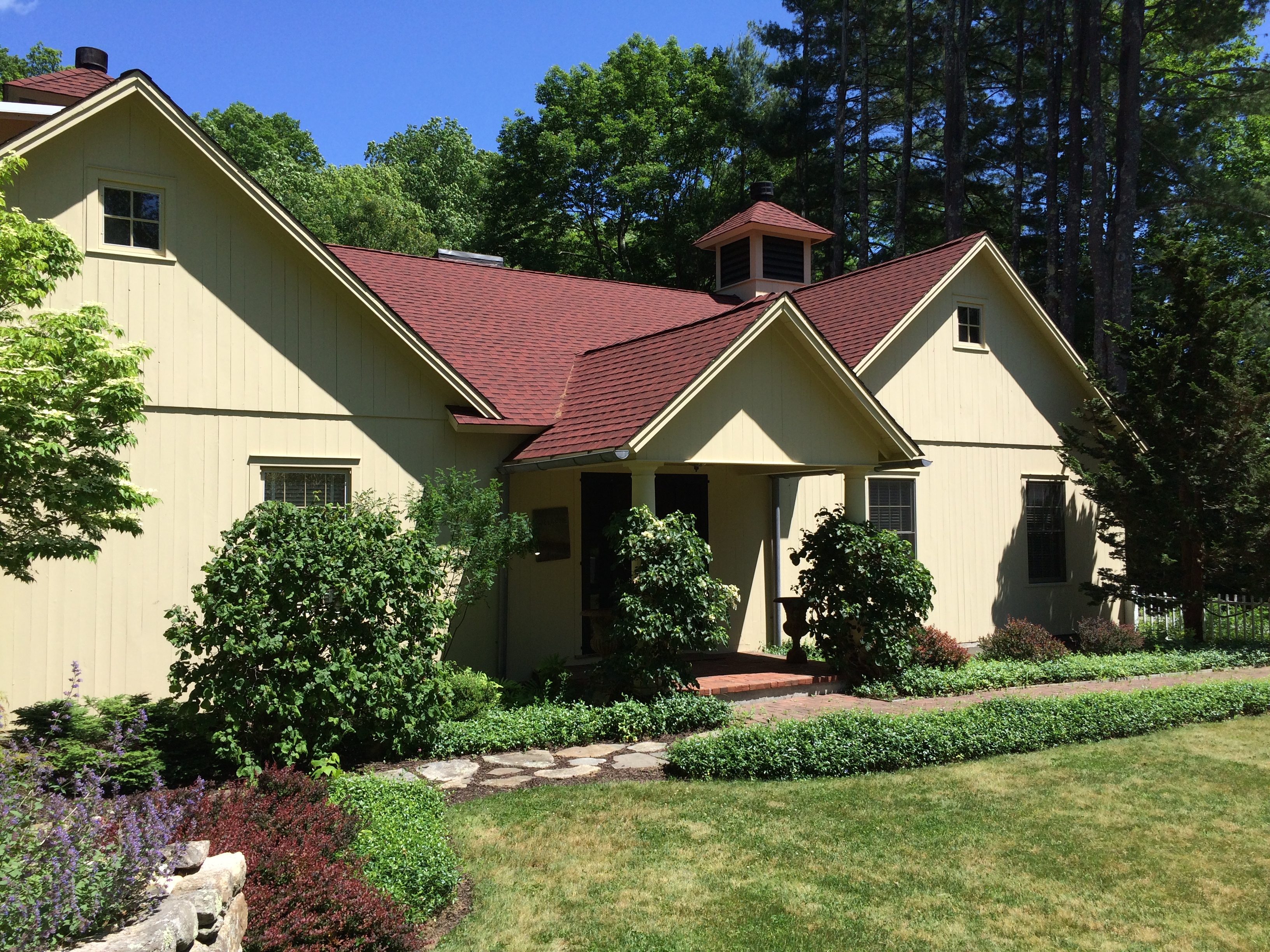 Single Family Home for Sale at Exquisite country home 156 Weekeepeemee Rd Woodbury, Connecticut 06798 United States