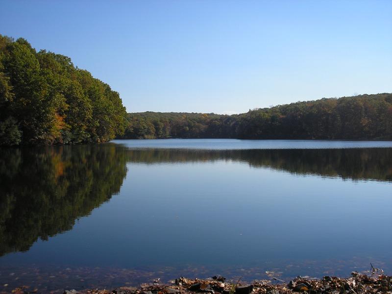 Đất đai vì Bán tại 0 Silver Springs Drive Silver Springs Drive 24-45 Haddam, Connecticut 06438 Hoa Kỳ