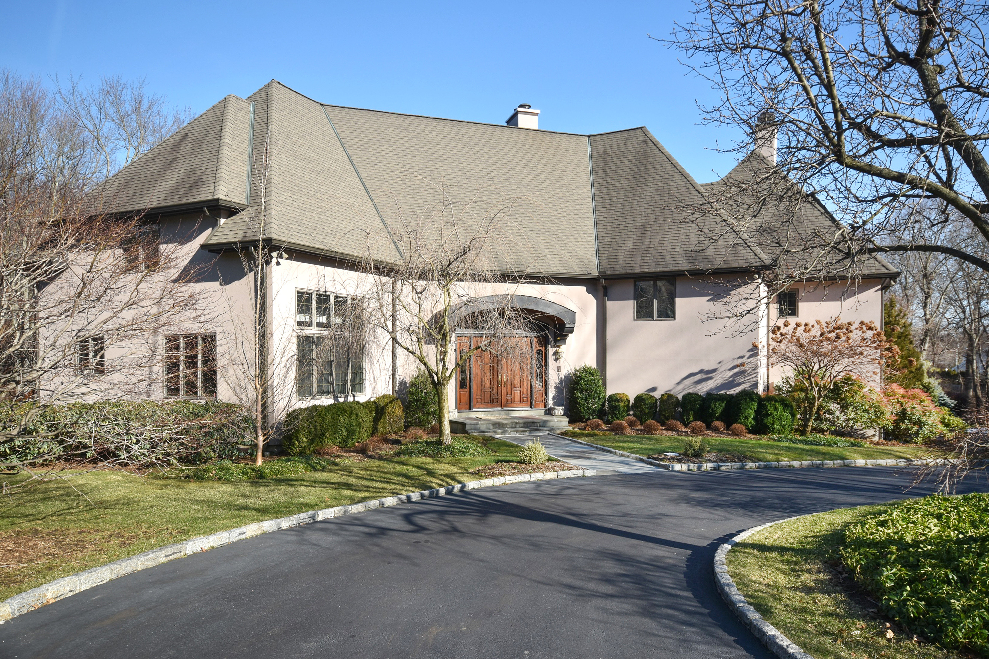 Single Family Home for Sale at Private & Tranquil Yet Convenient To Town & Train 15 Bates Farm Lane Darien, Connecticut, 06820 United States