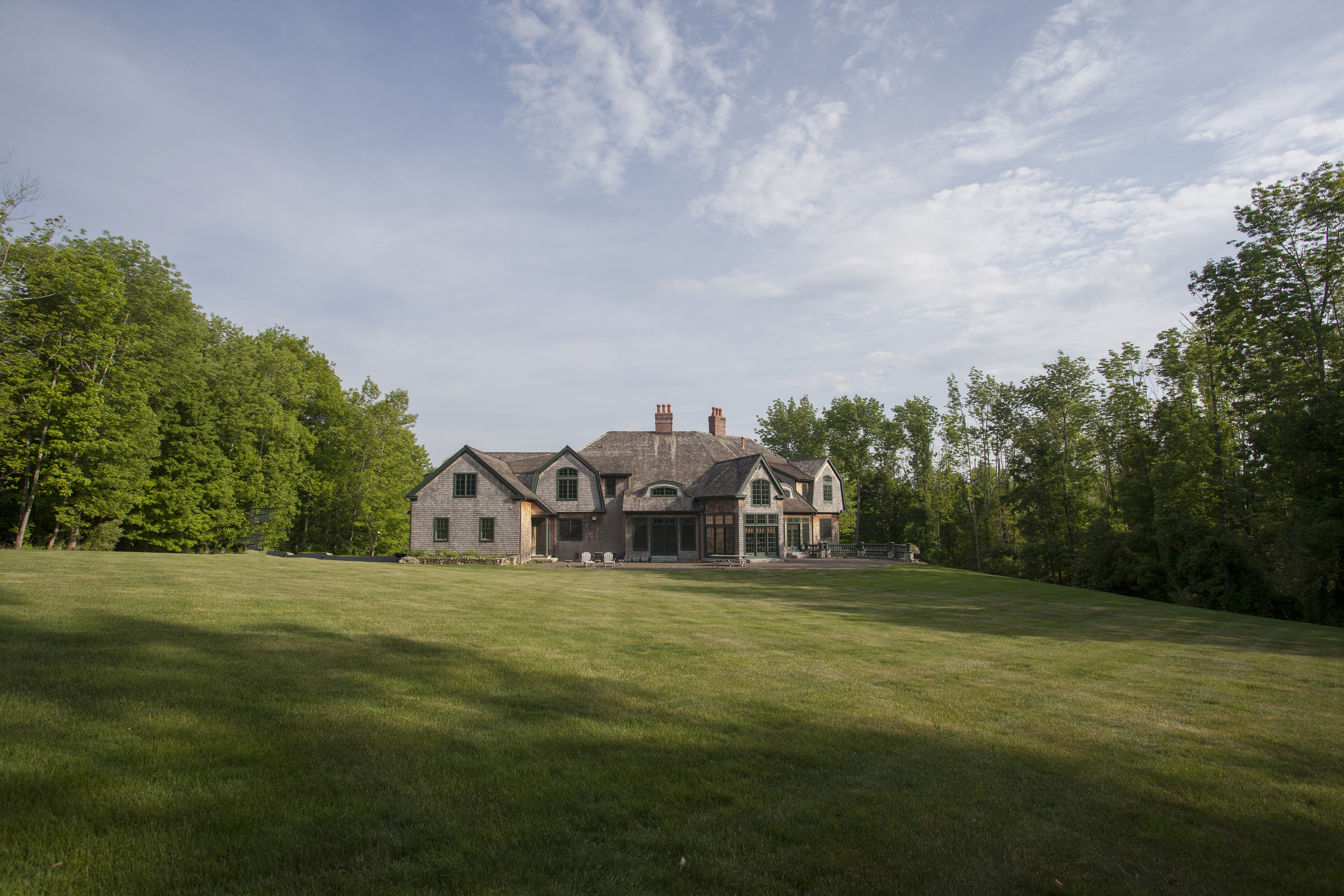 Single Family Home for Sale at Luxurious Shingle Style Home 15 Woodside Circle Woodbury, Connecticut 06798 United States