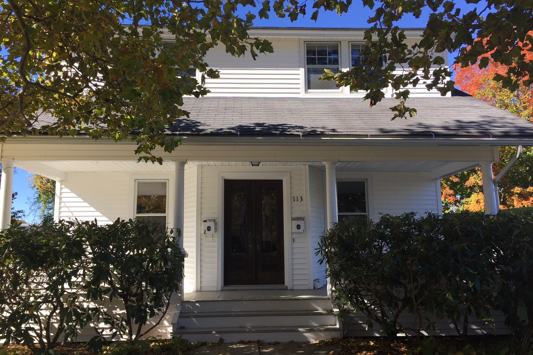 Single Family Home for Sale at 113 Commerce Street Clinton, Connecticut 06413 United States