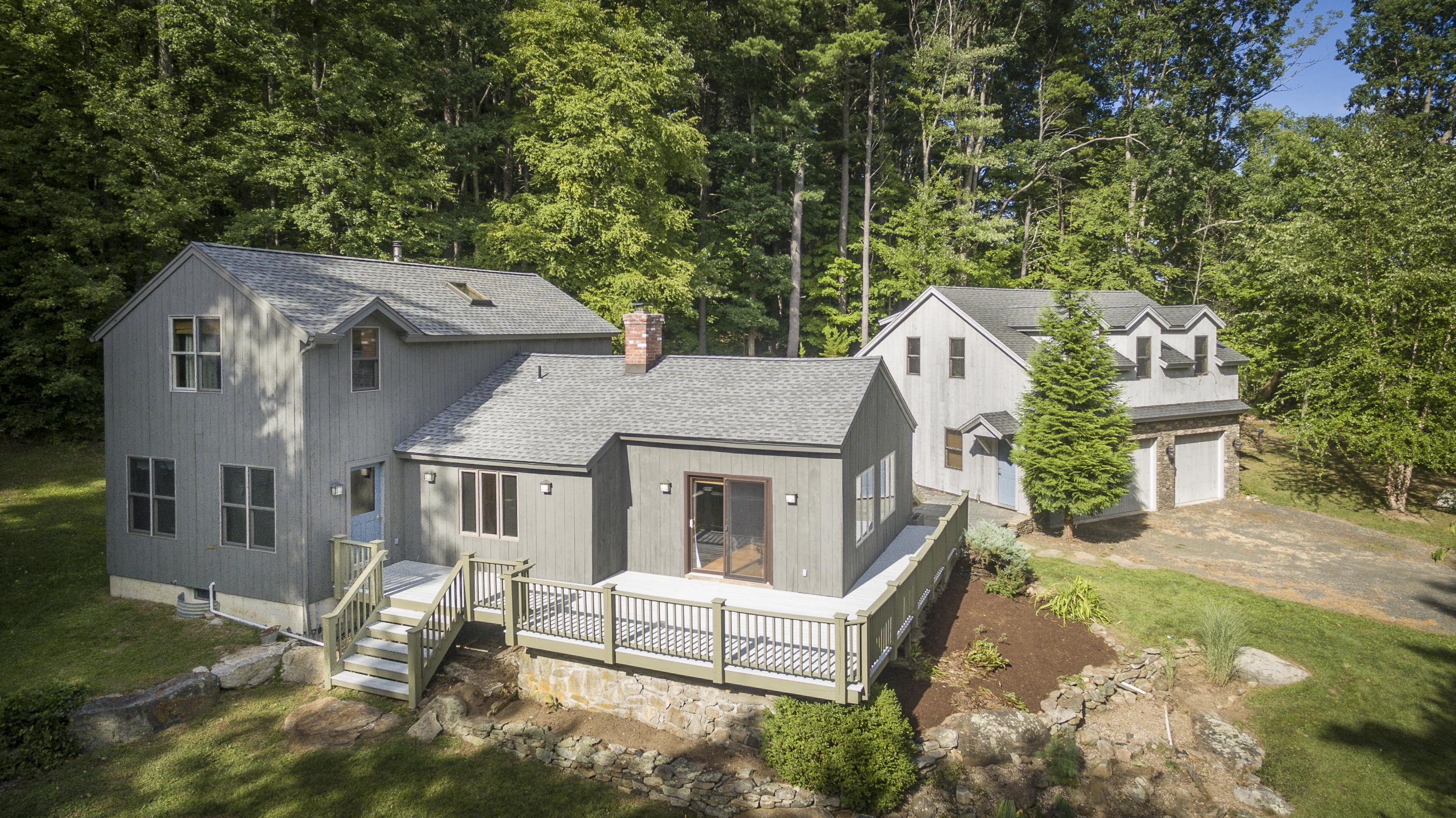 Casa Unifamiliar por un Venta en Cornwall Contemporary 77 Pierce Ln Cornwall, Connecticut, 06796 Estados Unidos