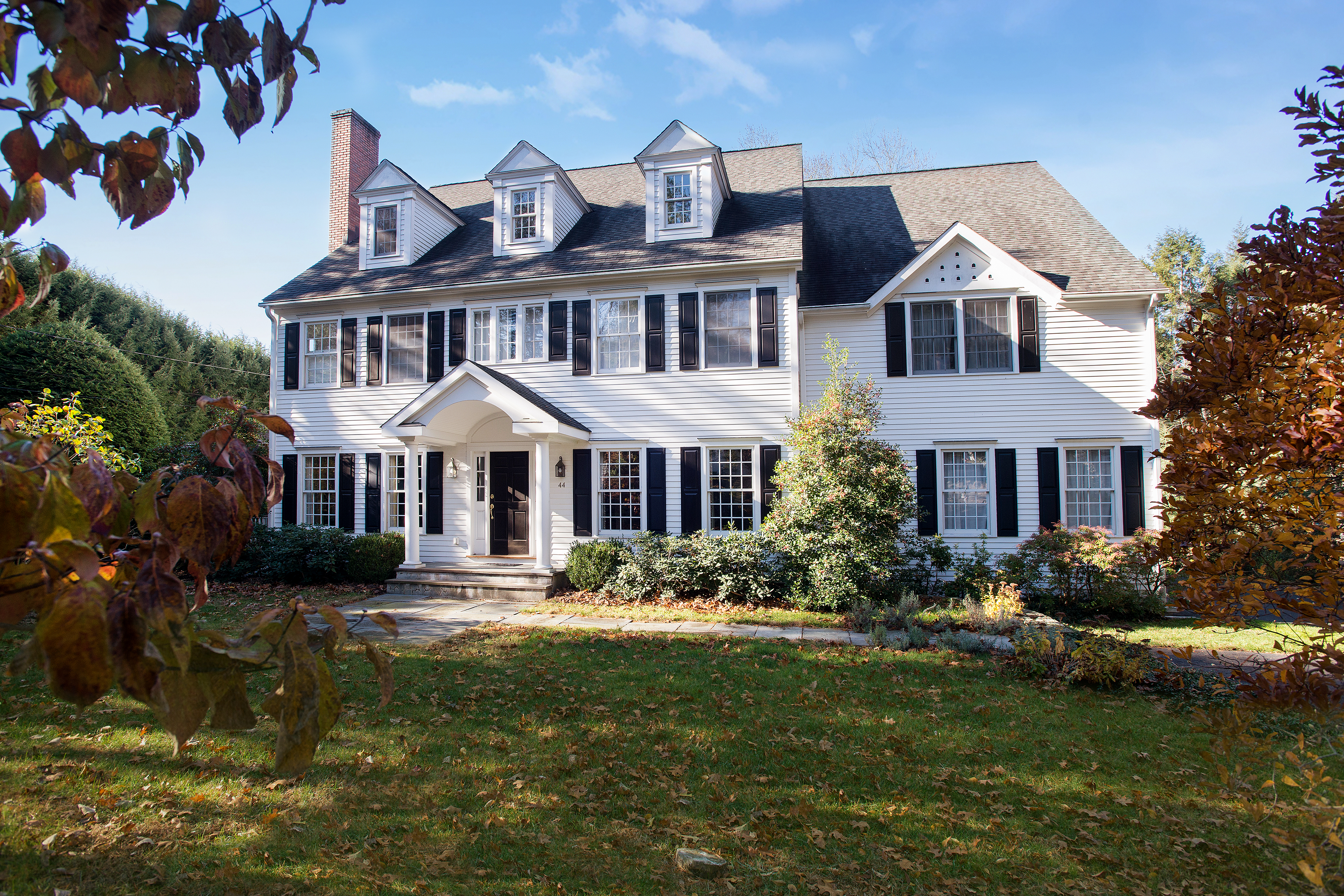 Single Family Home for Sale at 44 Weed Street New Canaan, Connecticut, 06840 United States