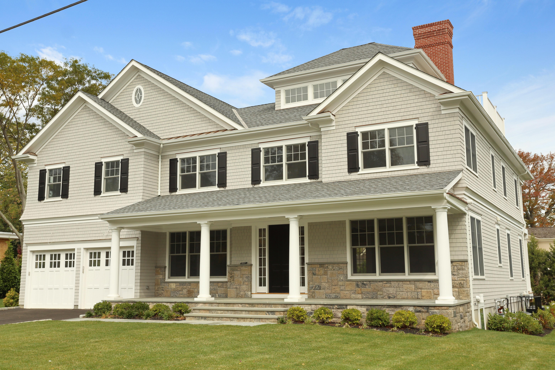 Villa per Vendita alle ore Exclusive waterfront community 1060 Nine Acres Lane Mamaroneck, New York 10543 Stati Uniti