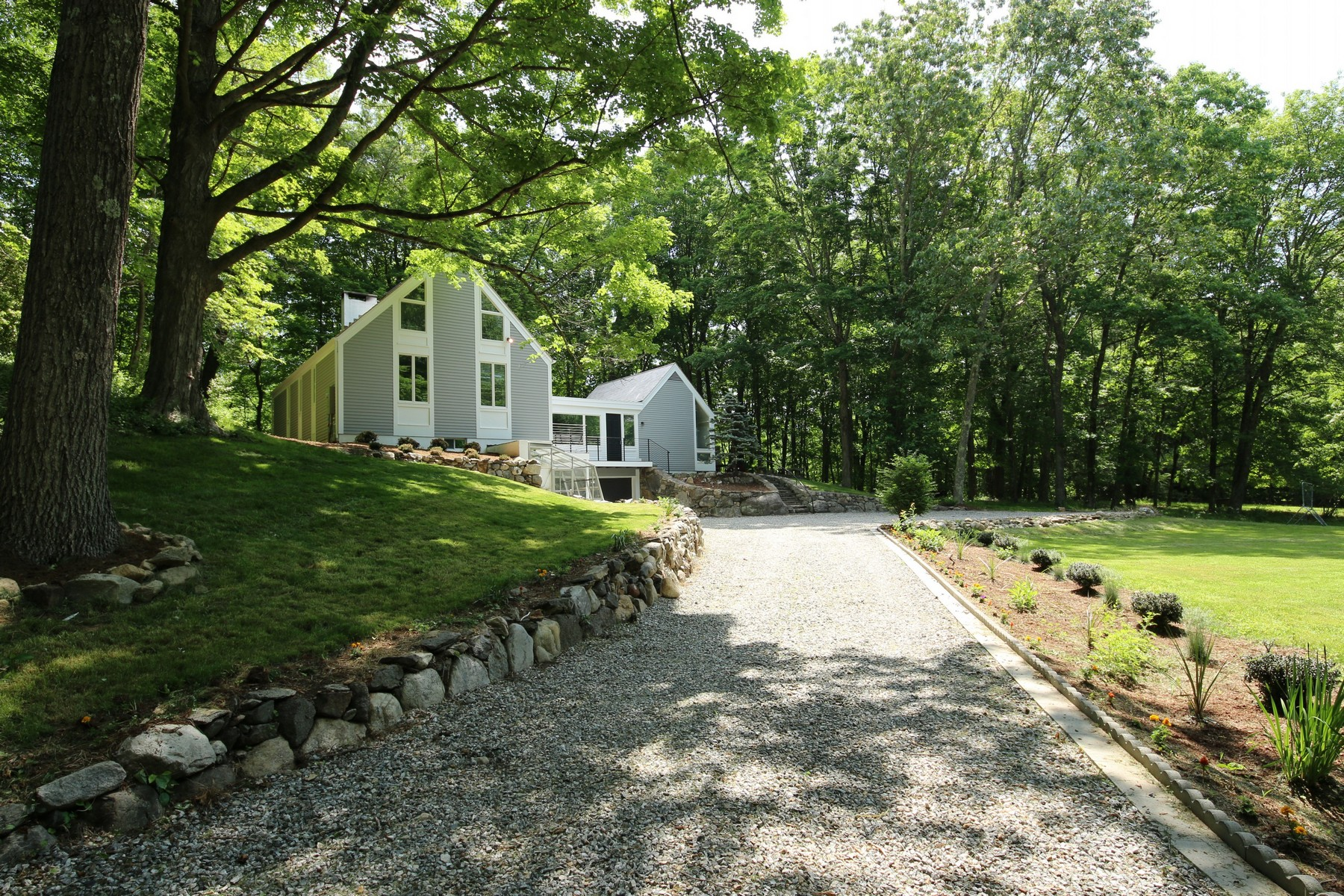 Single Family Home for Sale at Spectacular Custom Renovation 352 Florida Hill Road Ridgefield, Connecticut, 06877 United States