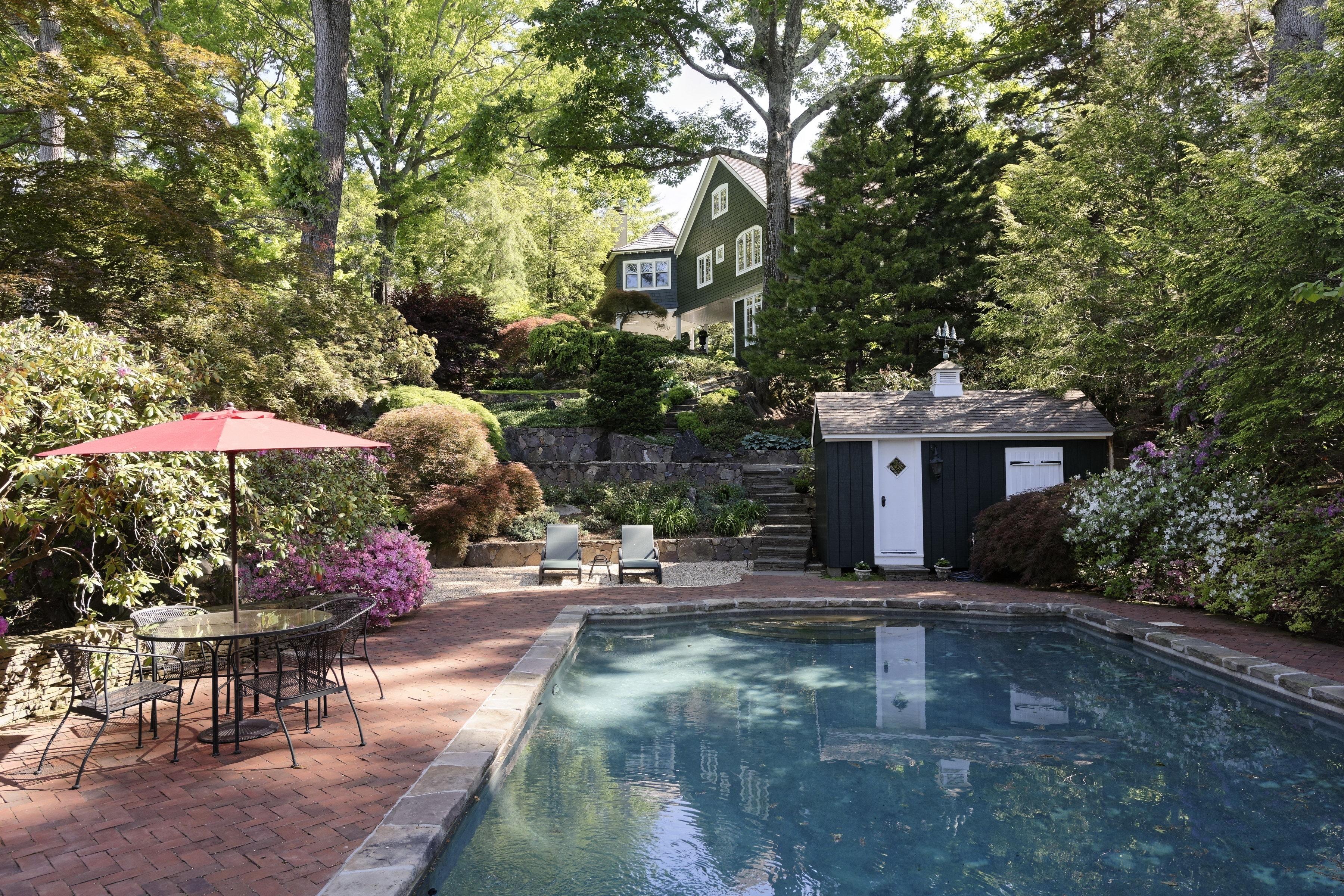 Einfamilienhaus für Verkauf beim 148 Tower Hill Road Briarcliff Manor, New York, 10510 Vereinigte Staaten