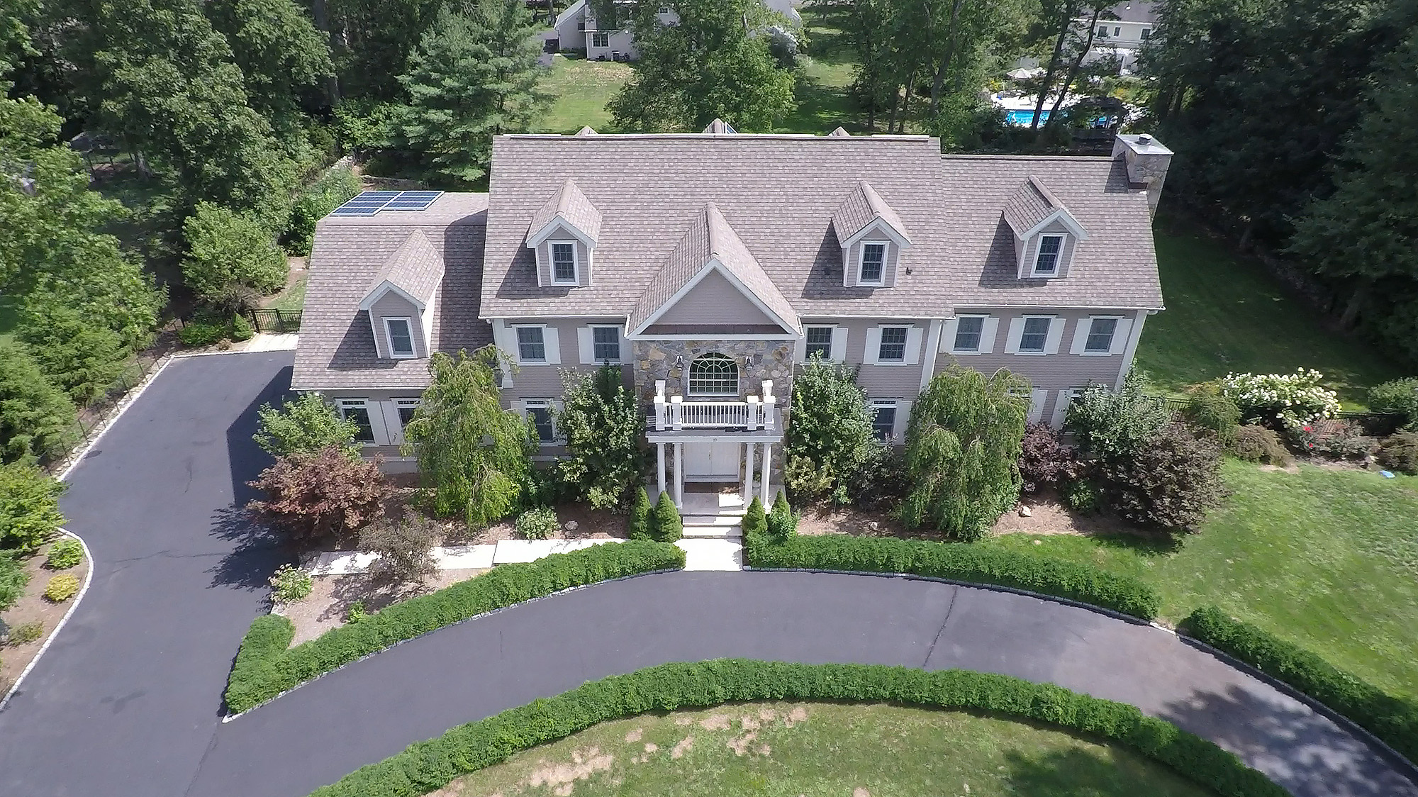 Single Family Home for Sale at Luxury in Westover 19 West Hill Road Stamford, Connecticut 06902 United States