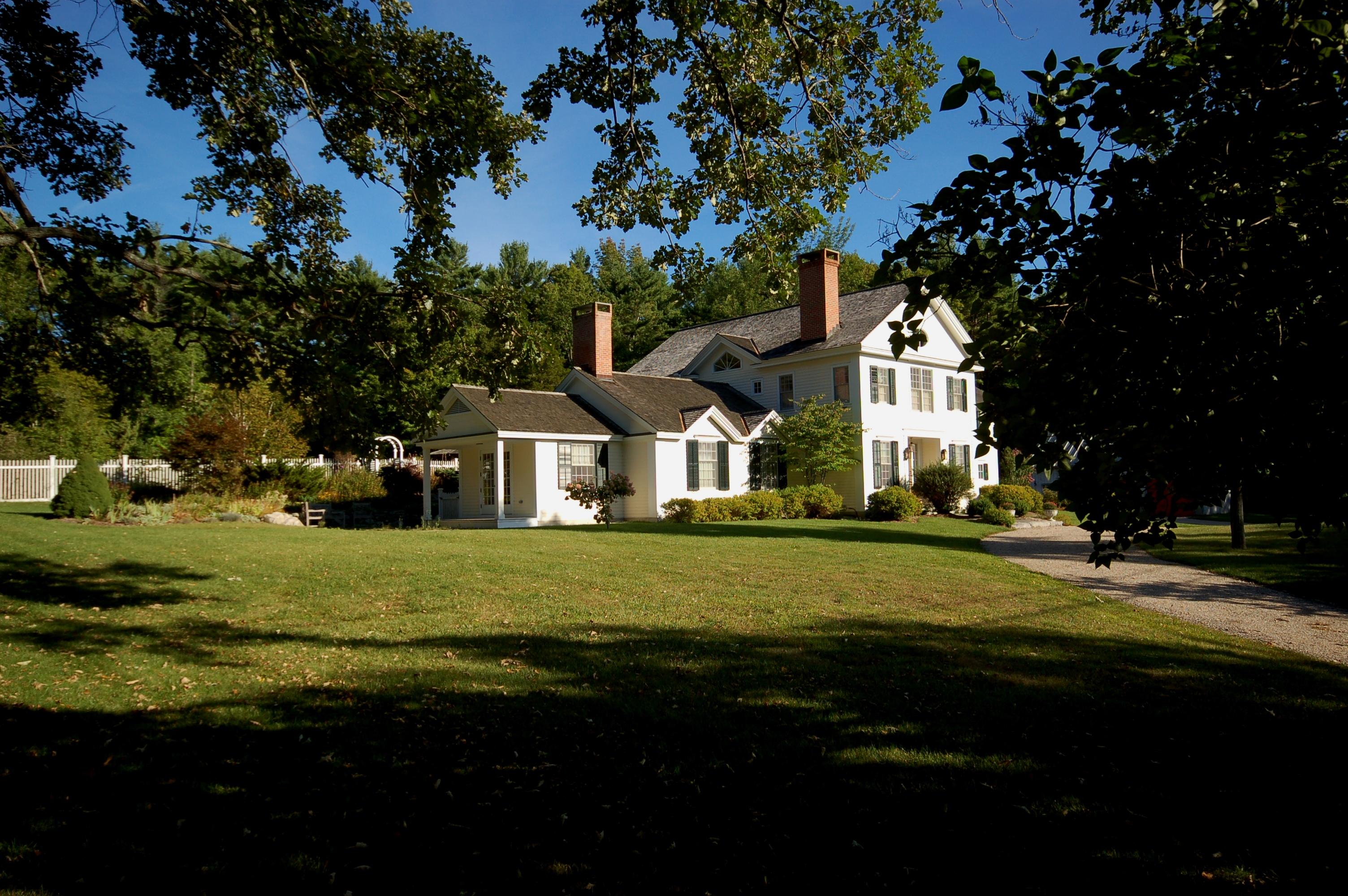 sales property at Colonial Grandeur