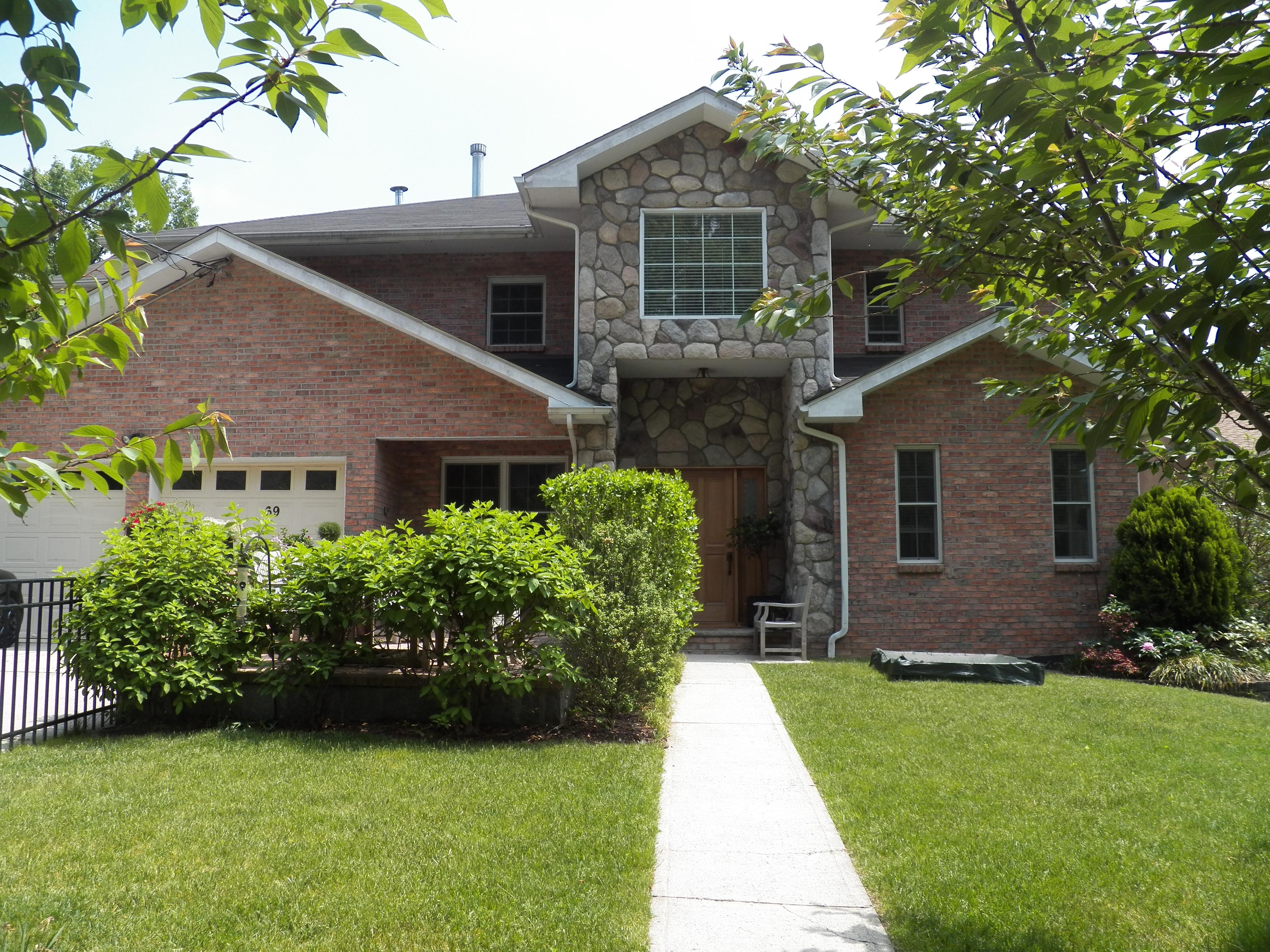 Einfamilienhaus für Verkauf beim Lawrence Park Colonial 69 Wildway Bronxville, New York 10708 Vereinigte Staaten